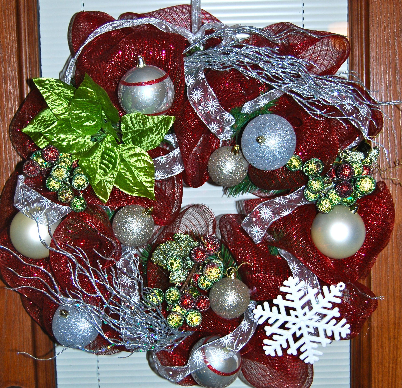 mesh christmas wreath christmas pinterest