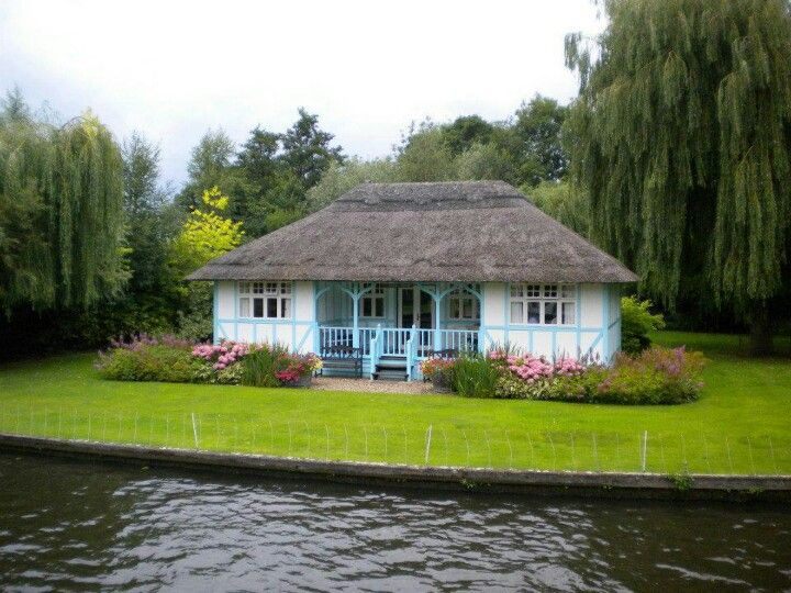 Small Home By The Lake Cottages Small Homes Pinterest