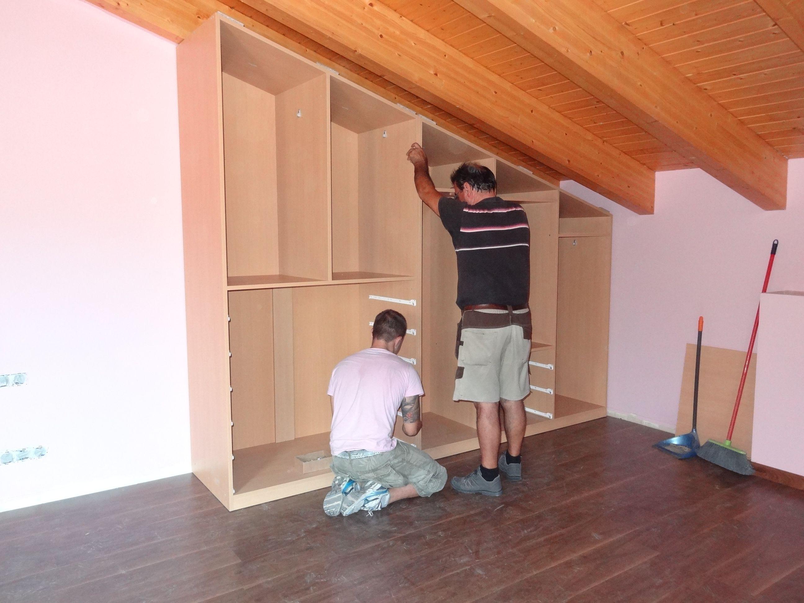 Soluciones a medida para espacios con complicaciones - Muebles para buhardillas ...