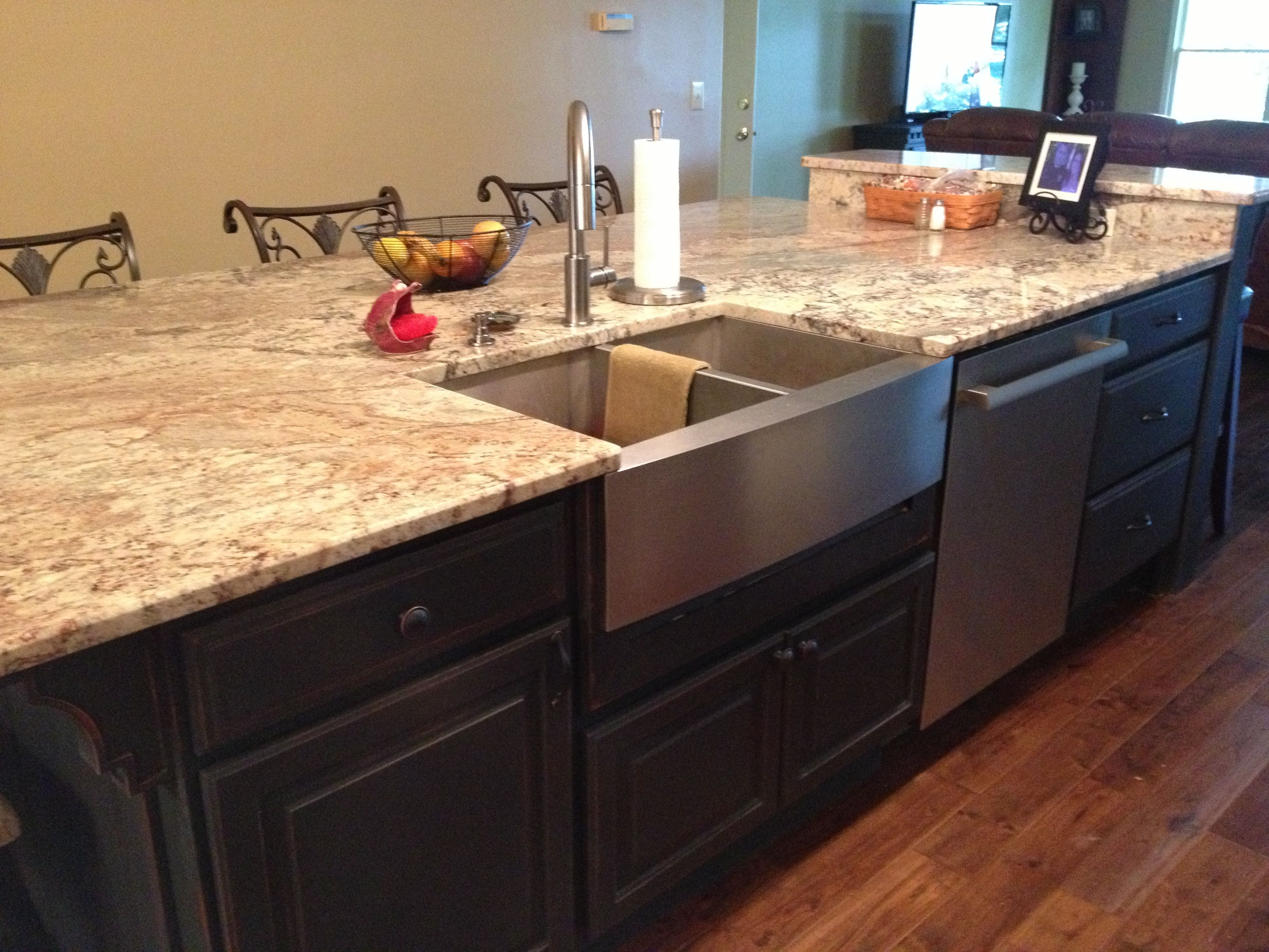 Share for Pictures of galley kitchens with islands