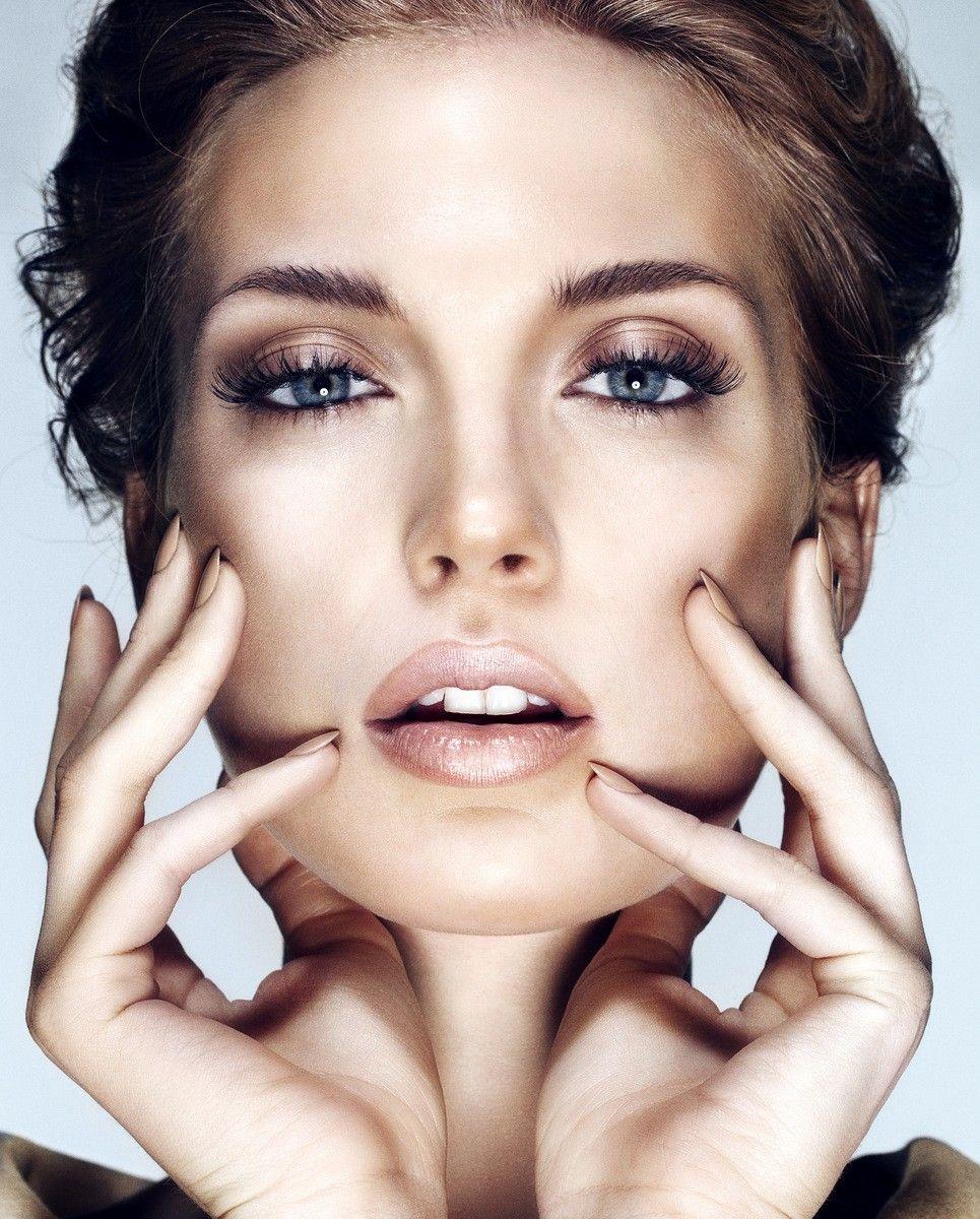 Neutral Wedding Makeup : Pin by Chelsea Garcia on Bridal makeup! Pinterest