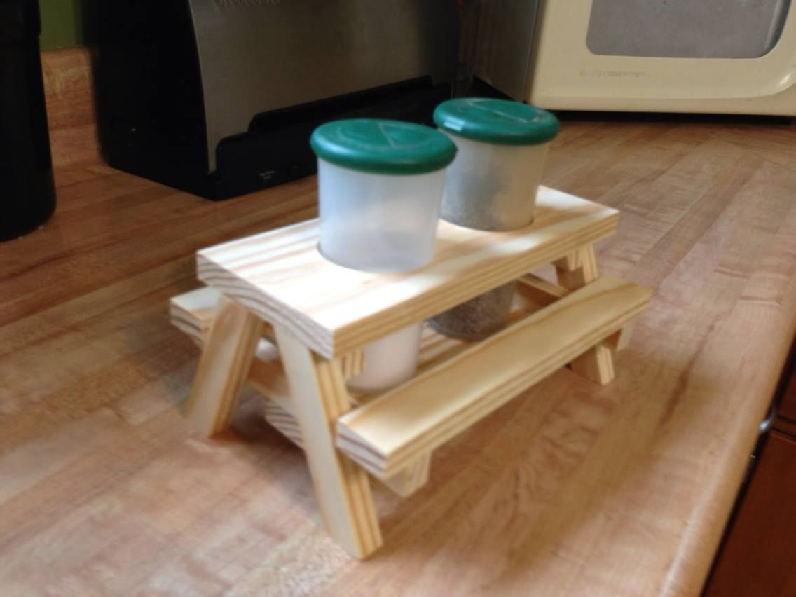 Condiment picnic table | MY Woodworking Projects | Pinterest