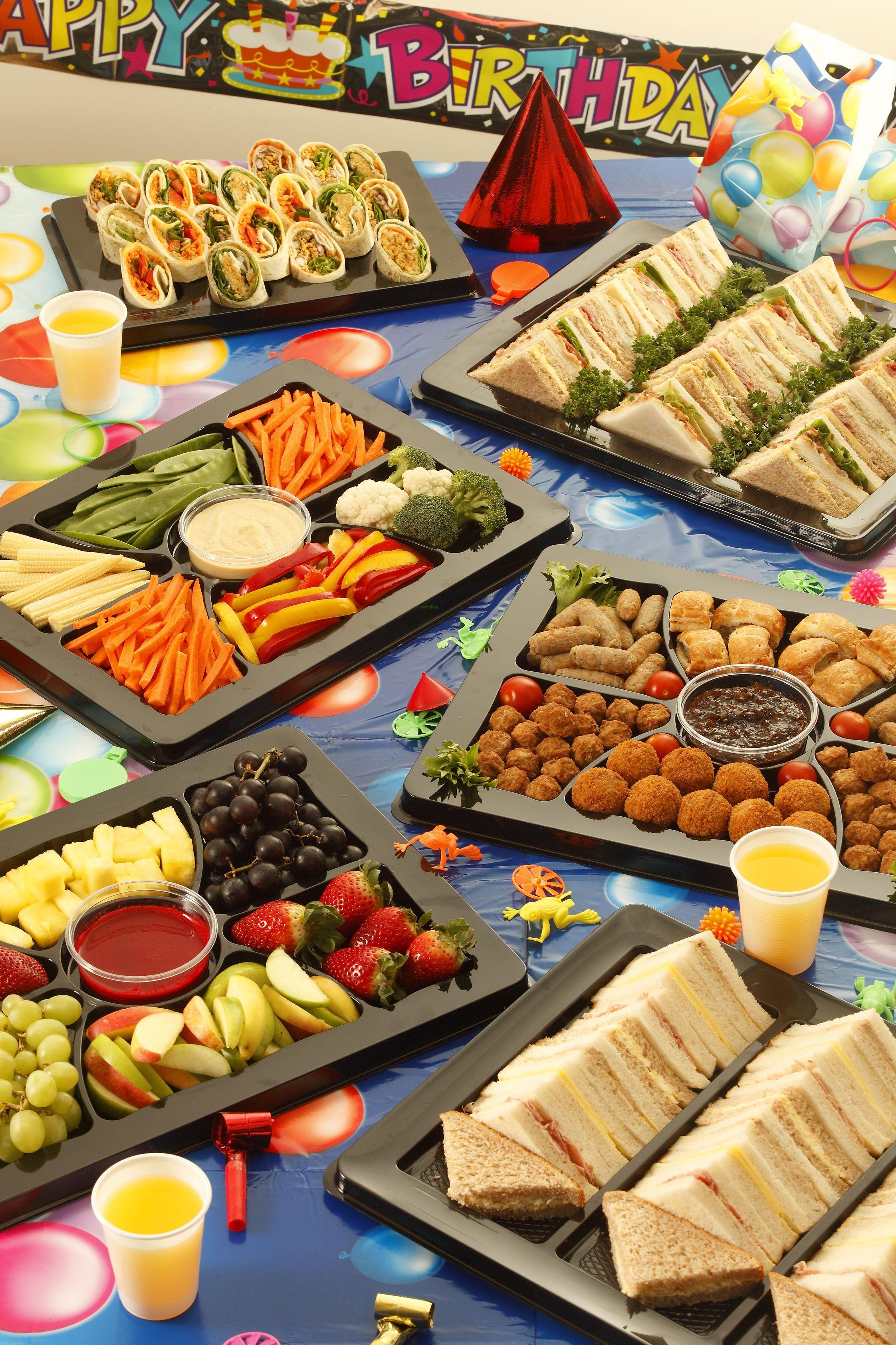 Party buffet kids parties pinterest for Buffet cuisine en pin