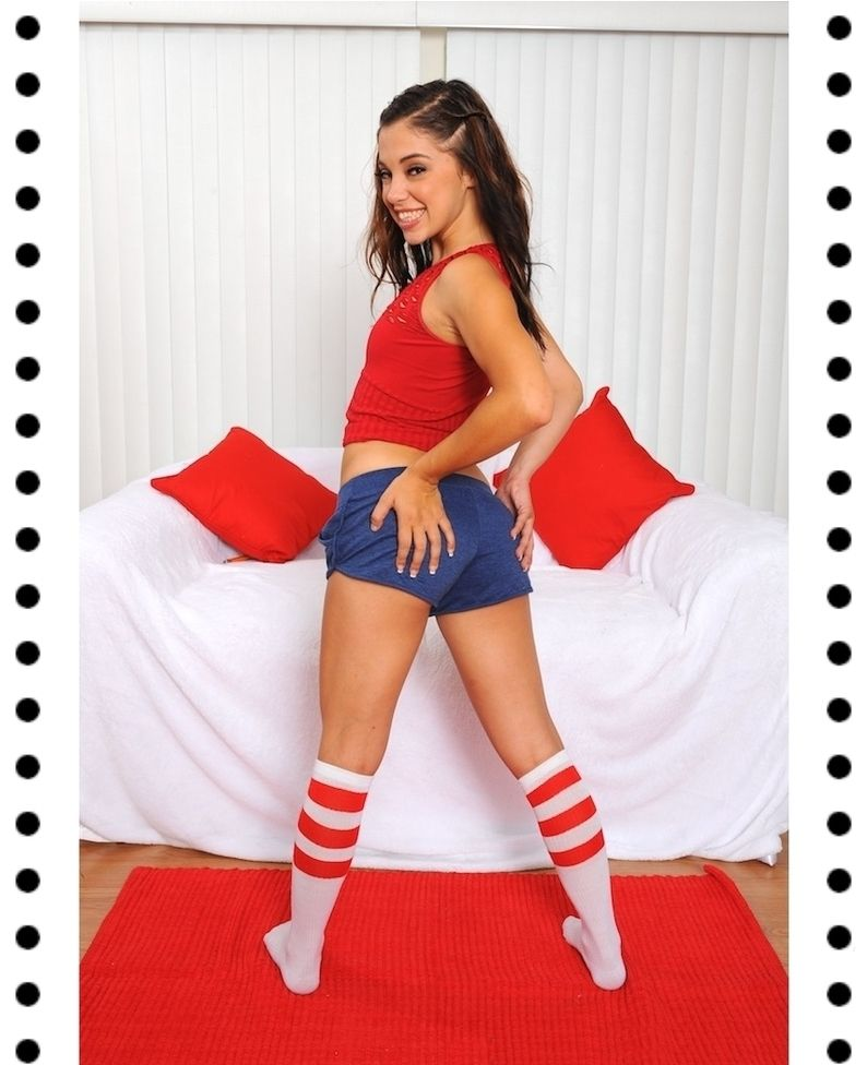 Hot Latina Gigi Rivera  № 405433  скачать