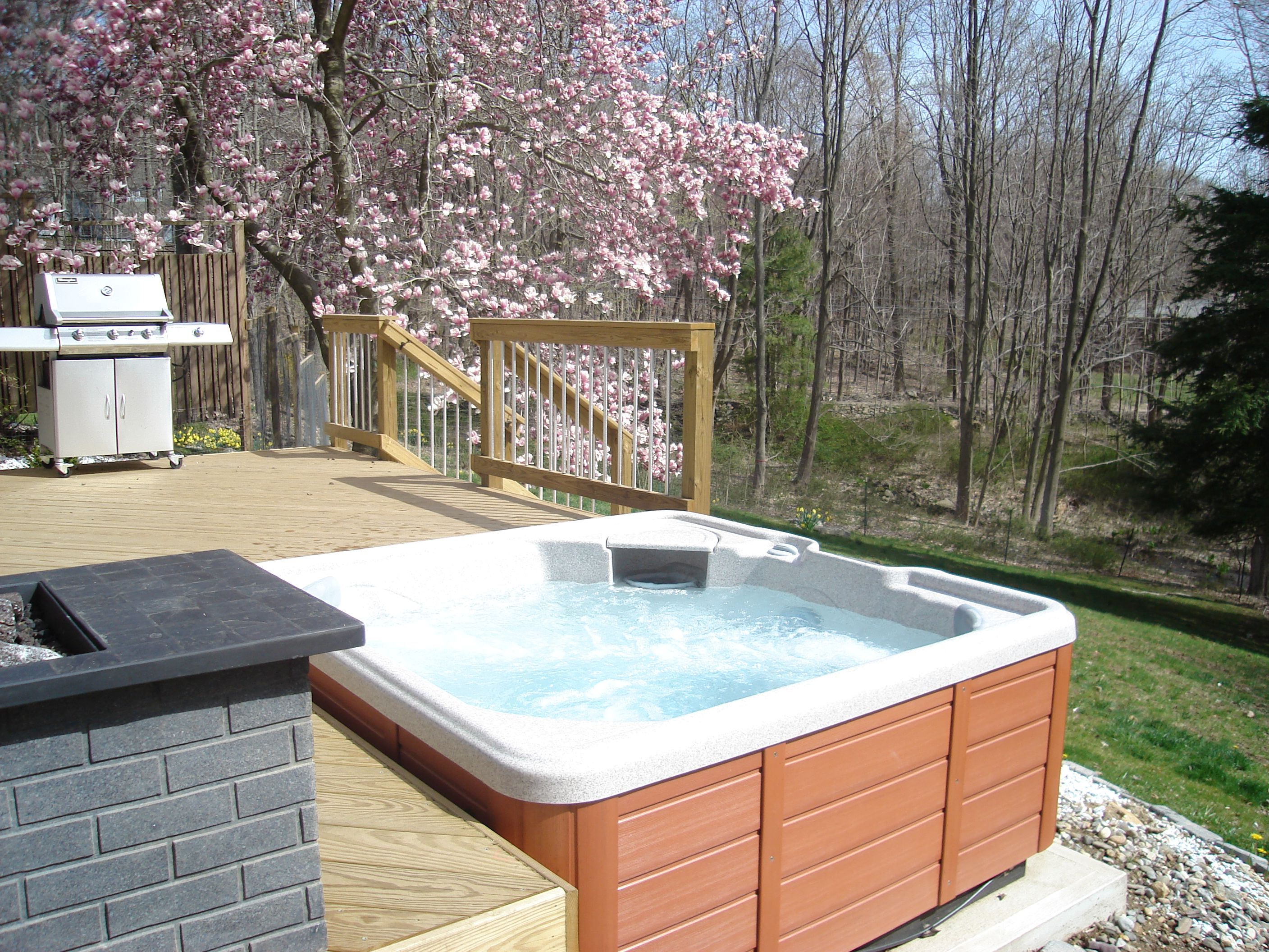 how to build a deck to hold a hot tub
