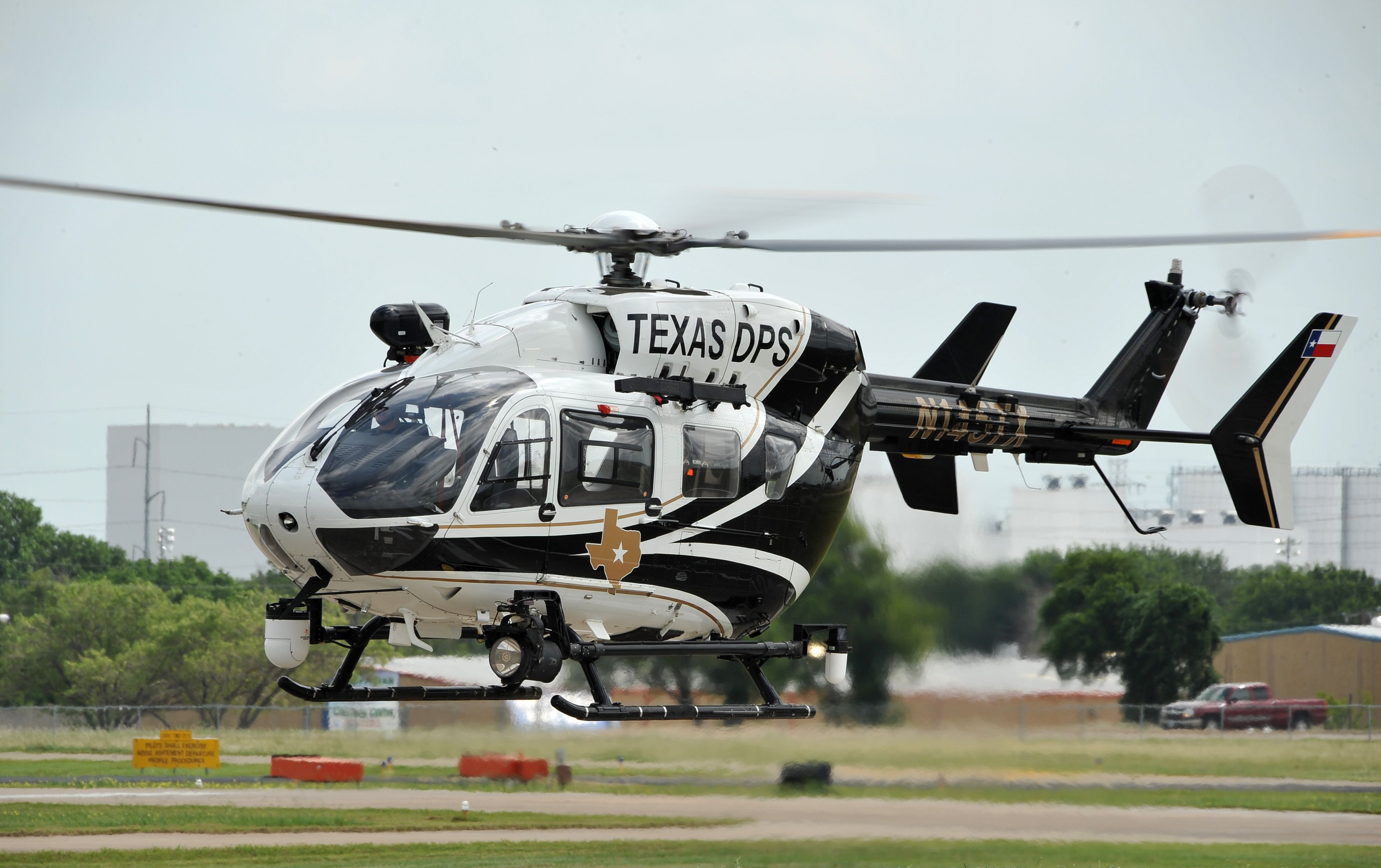 how work helicopter with 478155685409346616 on File G UHIH   72 21509 129 Bell UH 1H Iroquois  205   cn 13208  US Army   9436432746 besides 478155685409346616 also File boscastle raf seaking in addition 8022105560125575 further Fantasy 575.