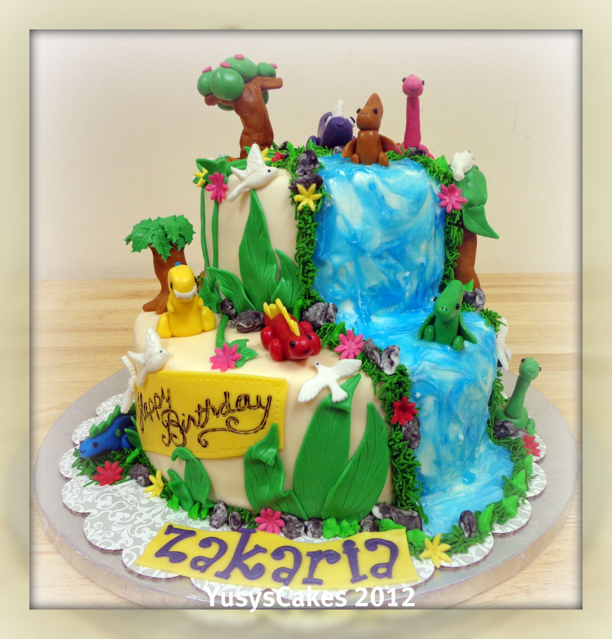 Decorating A Dinosaur Birthday Cake : Jungle and Dinosaur Cake My Cake Decorating Pinterest