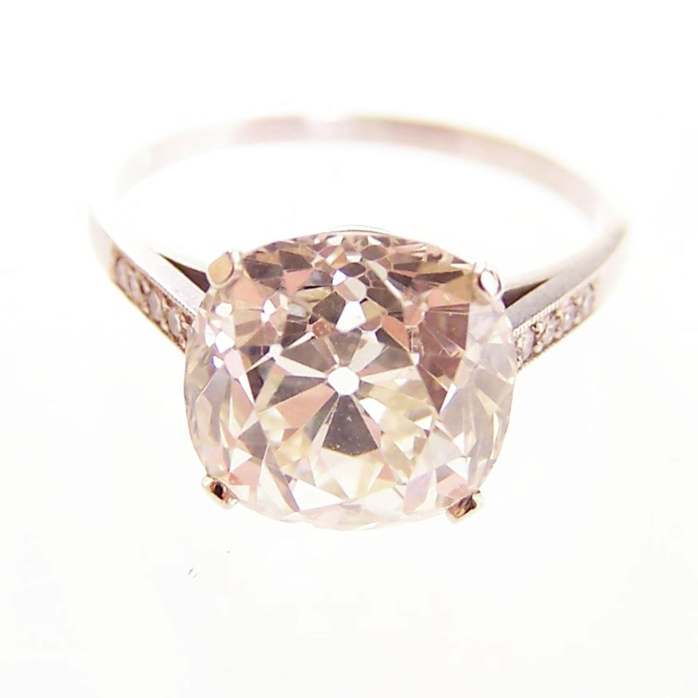 harry winston engagement ring stealing