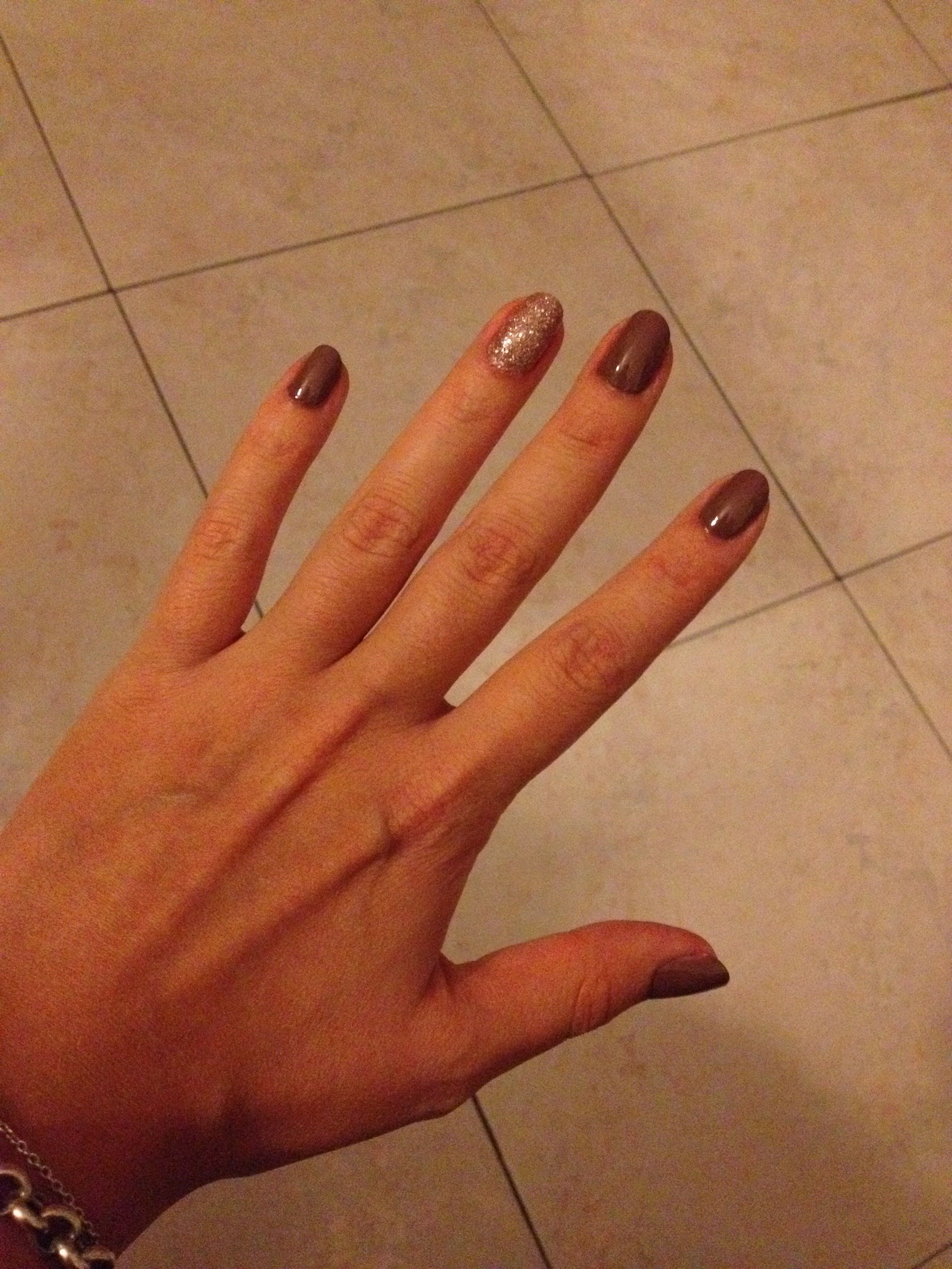light brown nails #11