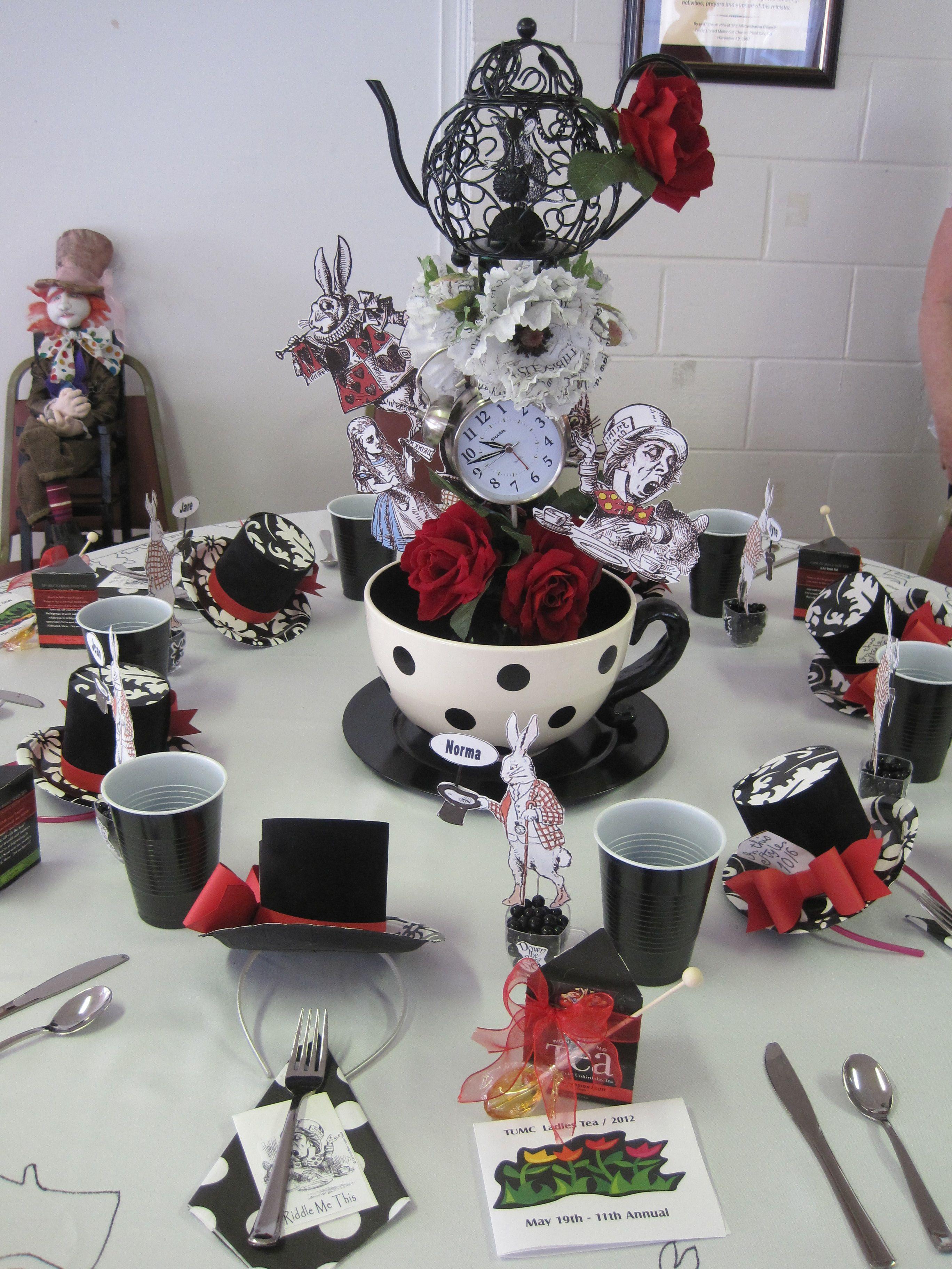 Ladys Tea The Mad Hatter Table Madhatters Tea Pinterest
