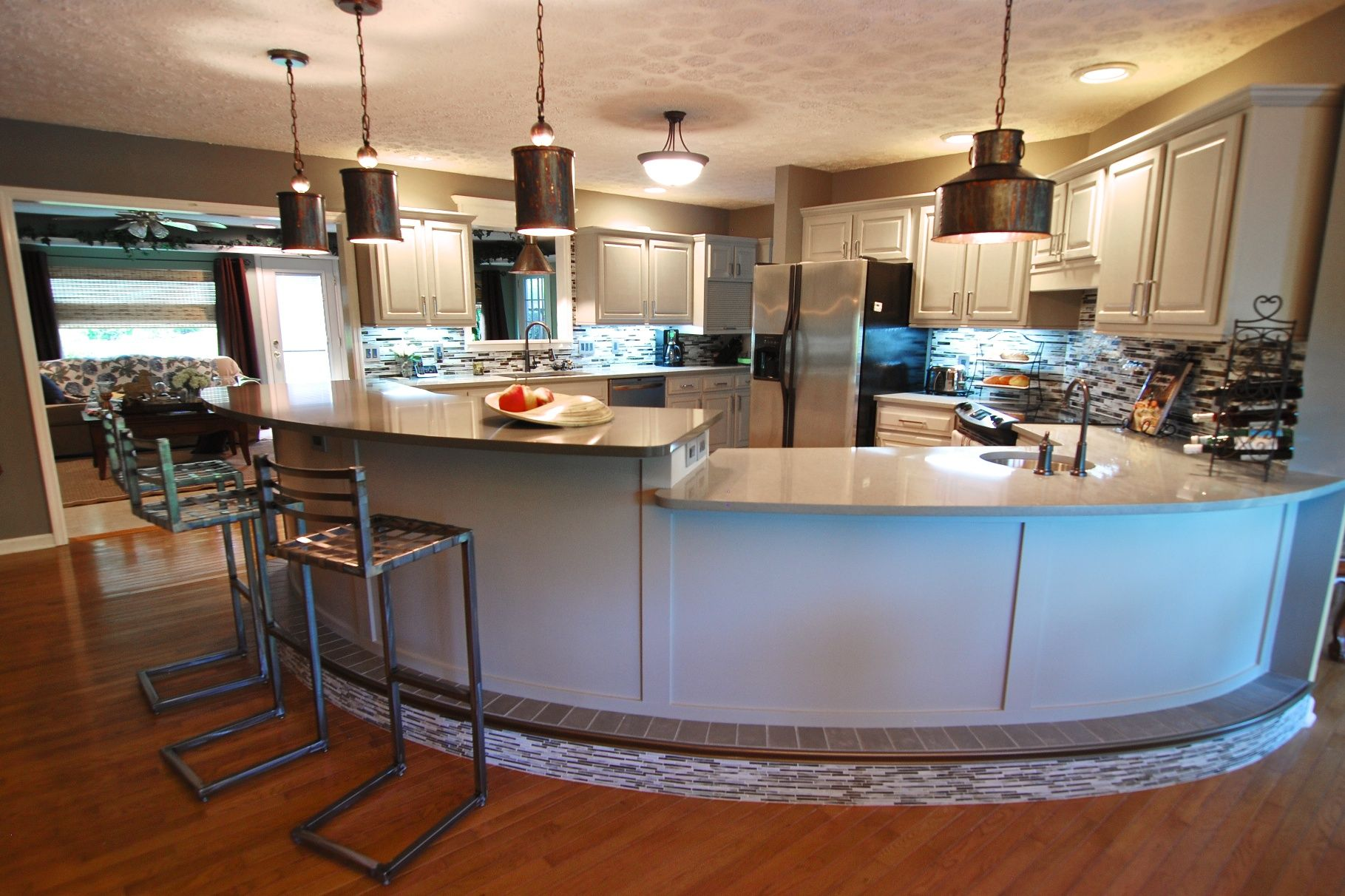 Love The Curved Counter For The Home Pinterest