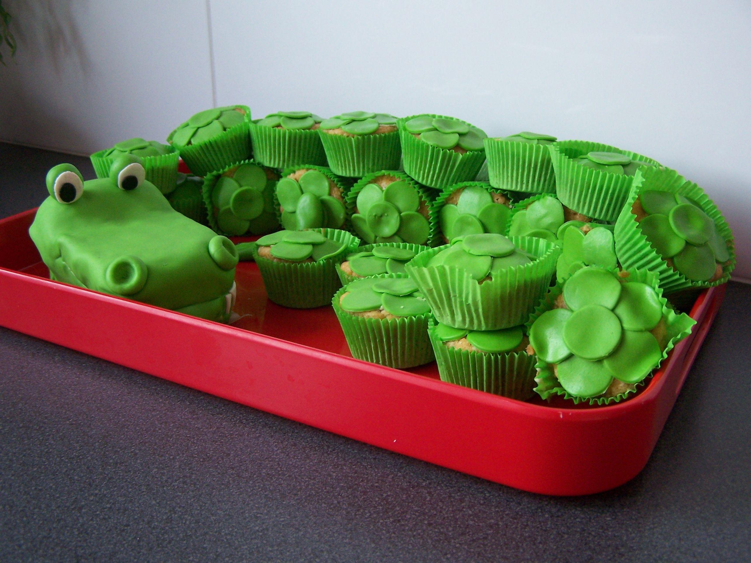 gumbo mardi gras cupcakes now exist recipes dishmaps