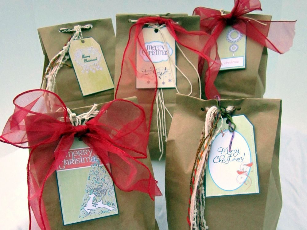 Homemade gift bags christmas gift ideas pinterest Homemade christmas gifts