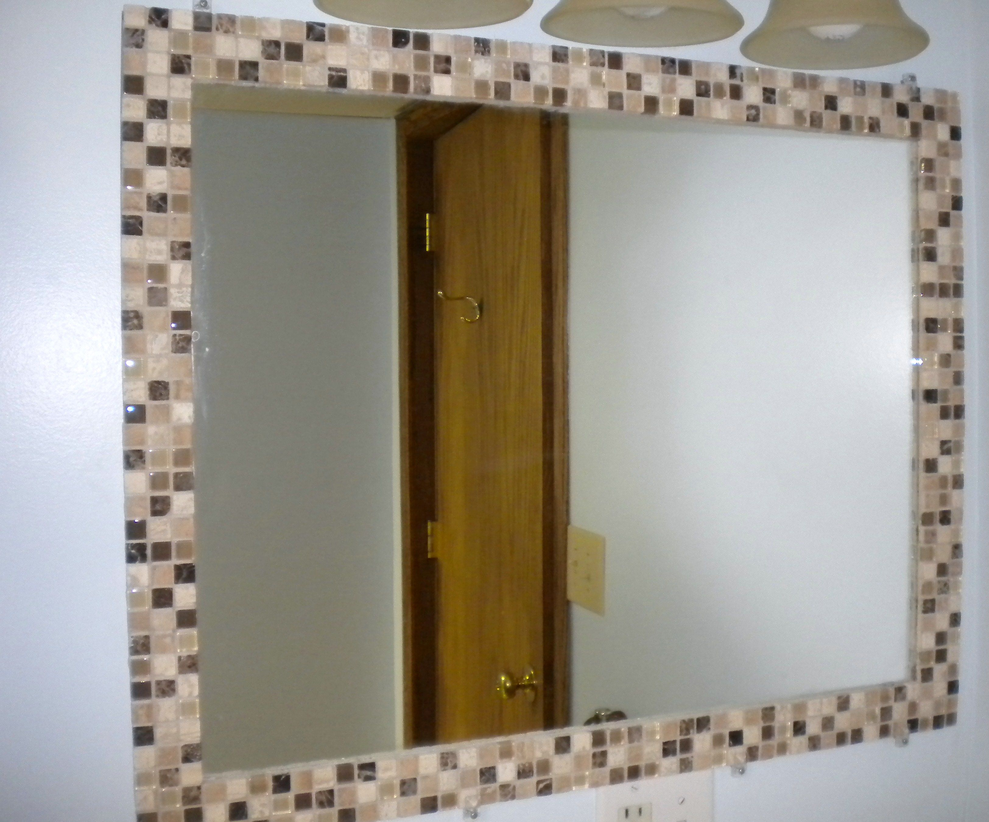 Diy Mosaic Tile Bathroom Mirror: DIY Mosaic Tile Mirror Border