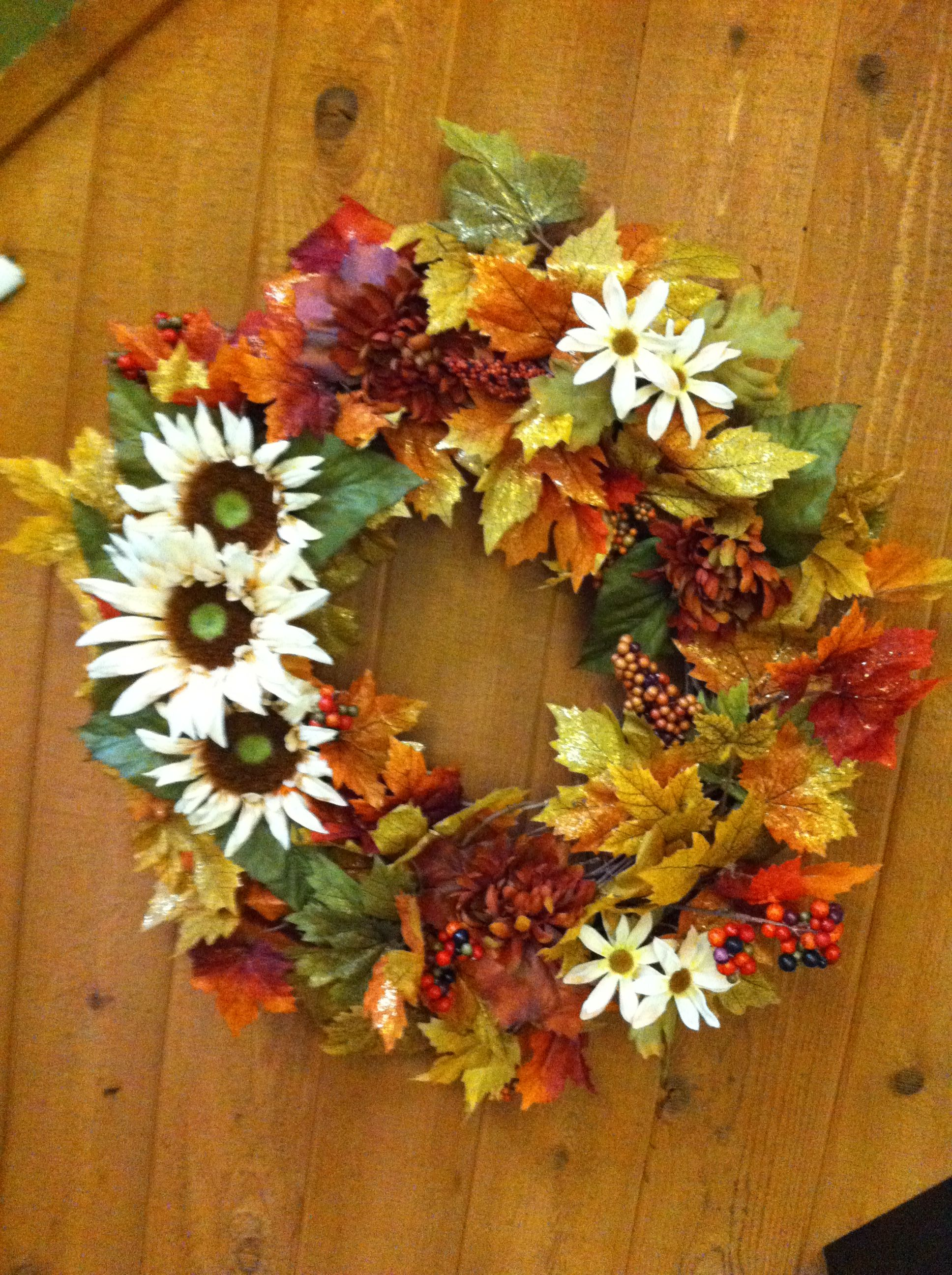 Diy Fall Wreath For Your Front Door Crafts Pinterest