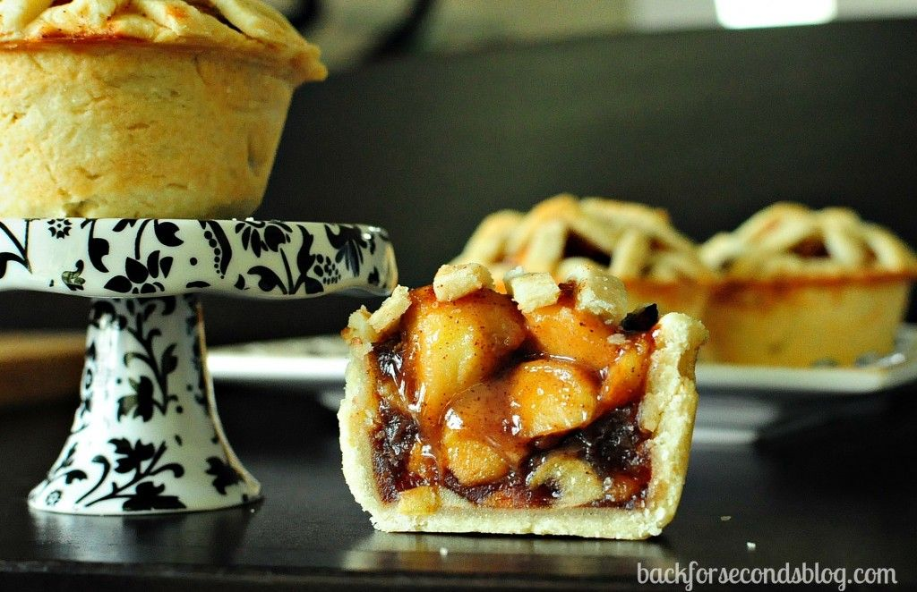 Easy Homemade Mini Apple Pies | Recipes/Pies and Tarts | Pinterest