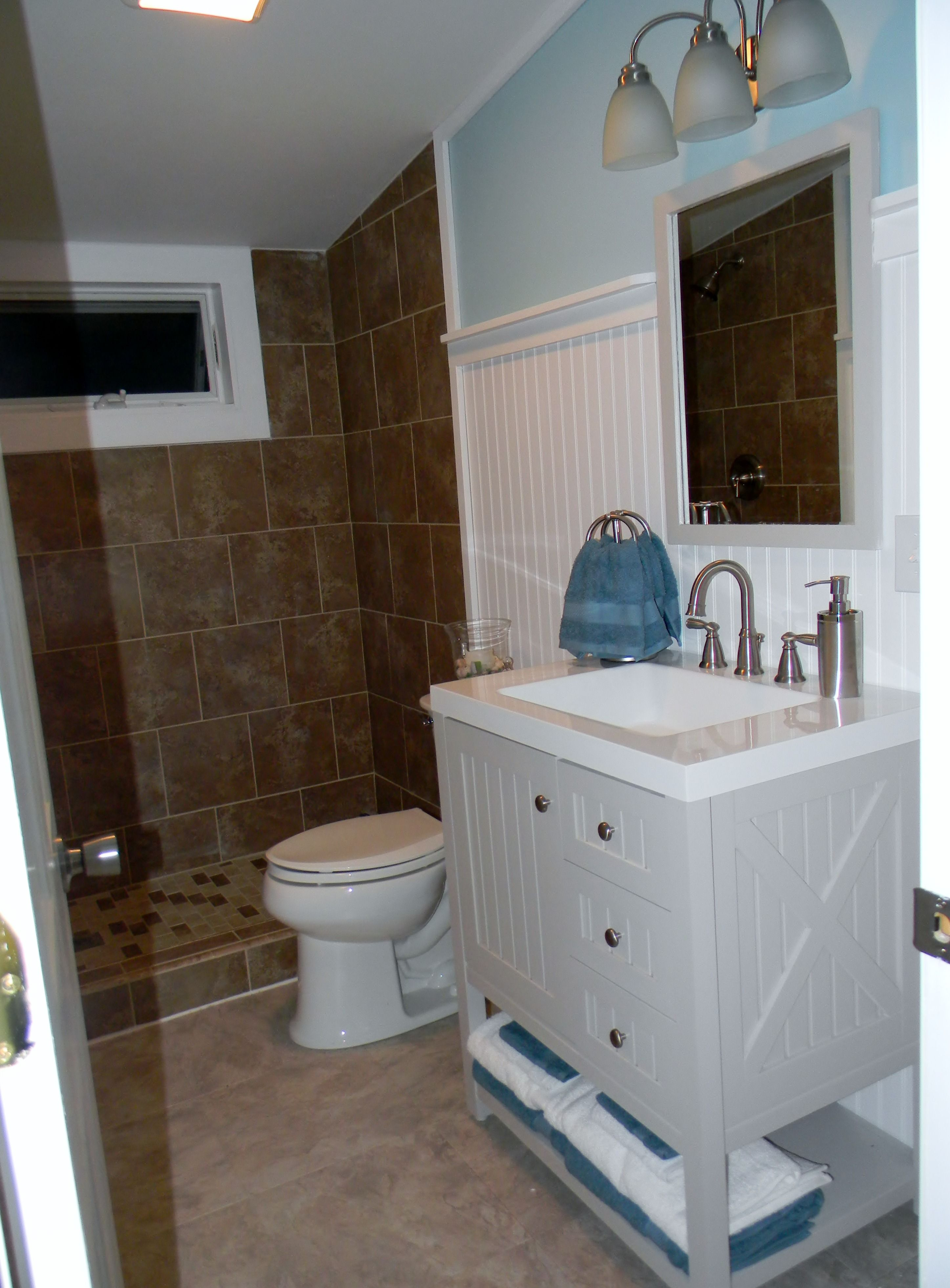 Bathroom Remodel Ideas With Beadboard : Cottage chic with beadboard bathroom remodel ideas