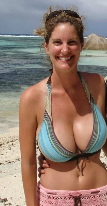 How to firm the sagging breasts – tighten saggy busts