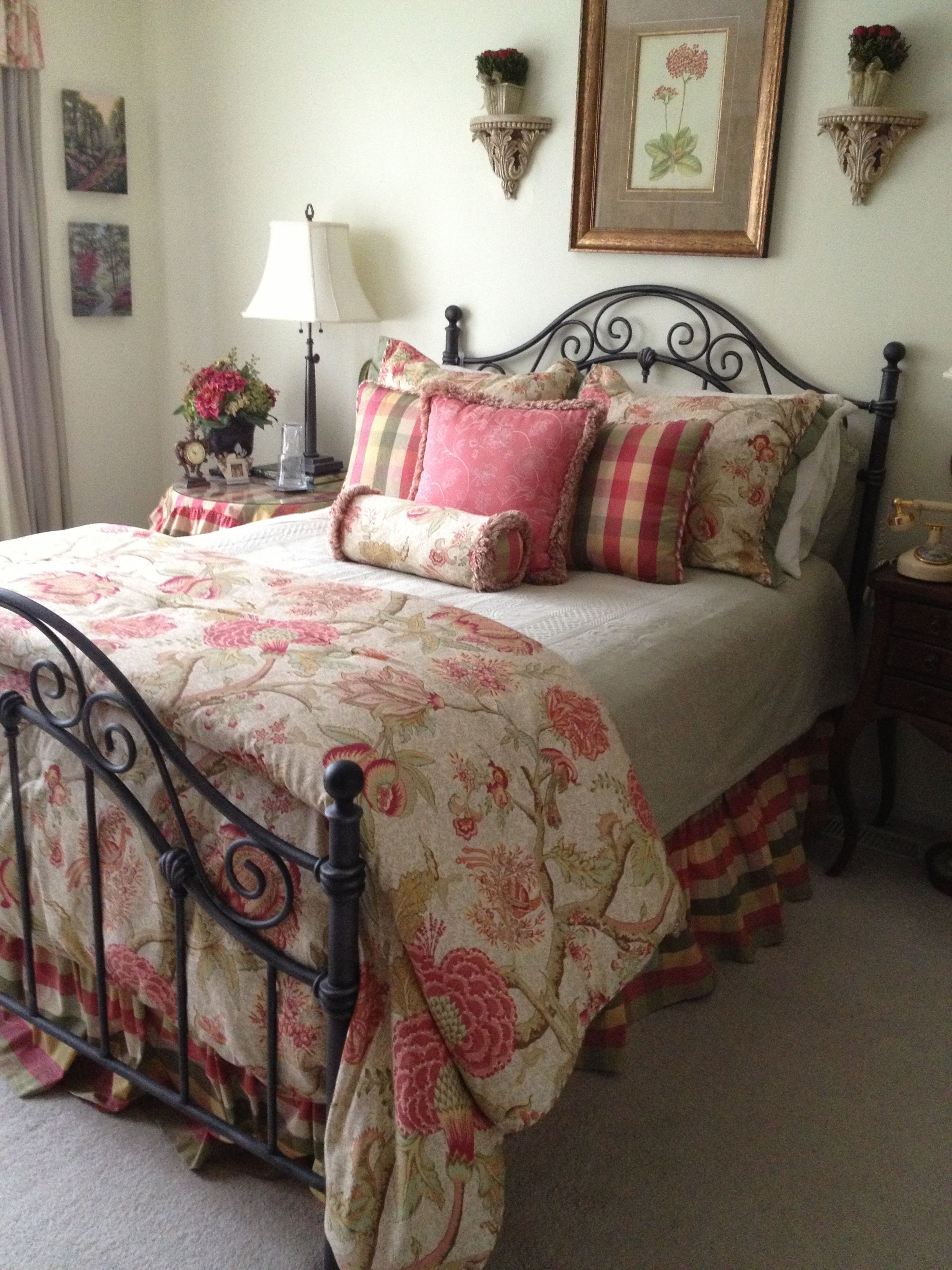 French country bedroom decorating bedside tables pinterest for French country bedroom designs