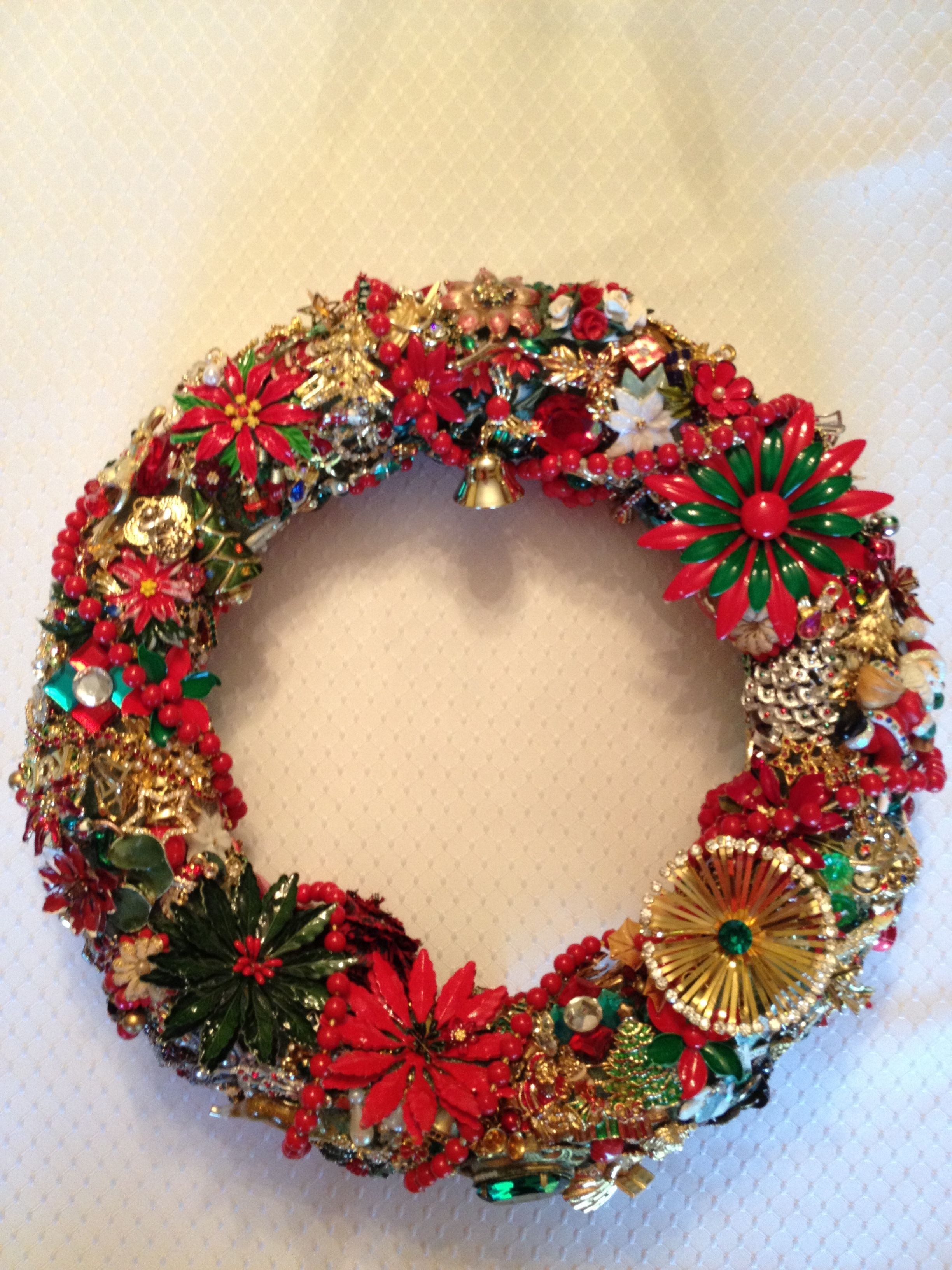 christmas wreath vintage jewelry crafts pinterest