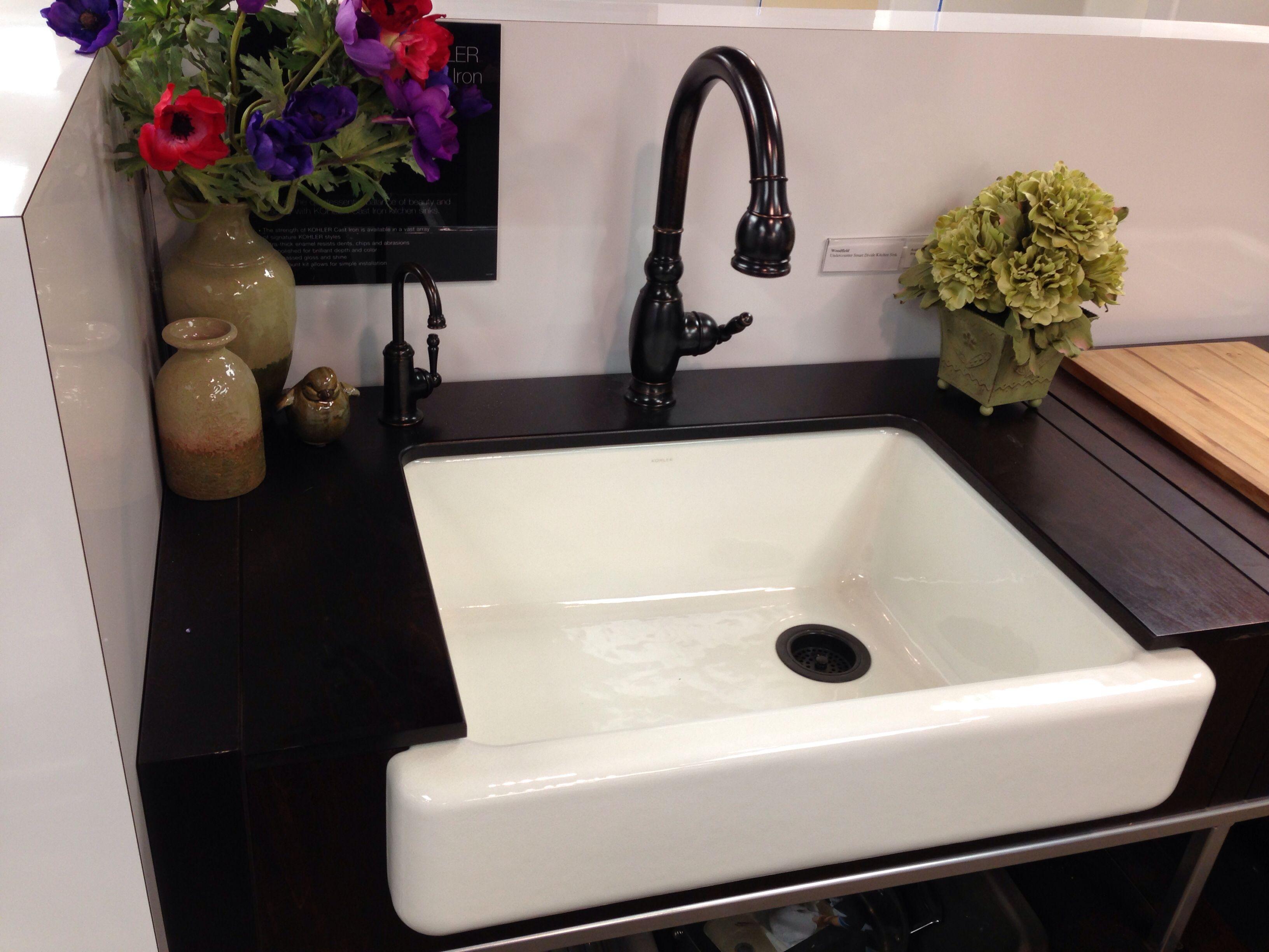 Farmhouse Style Sink Kitchen : farmhouse style