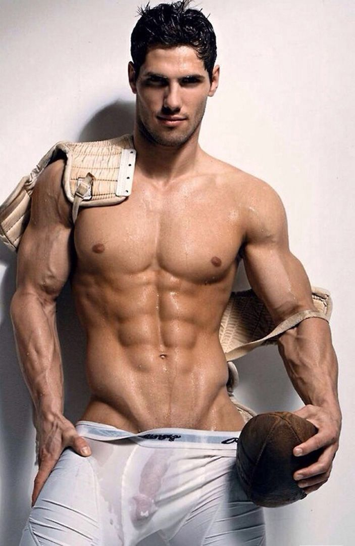 Footballer. Bulge | Just guy's | Pinterest