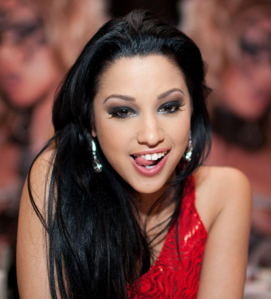 Hot Latina Gigi Rivera  № 405509 без смс