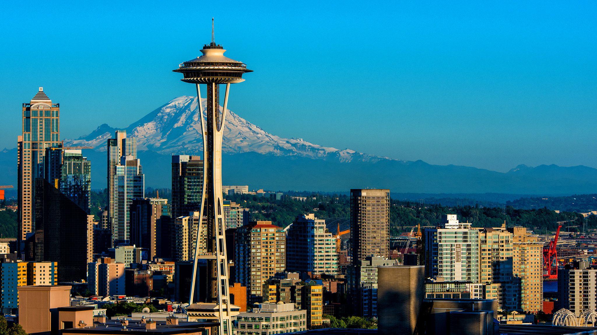 Seattle skyline with Mt. Rainier taken late in the day from Queen Anne.    Seattle, Seattle skyline, Skyline
