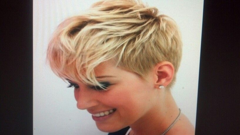 Sassy blonde pixie | haircuts to try | Pinterest