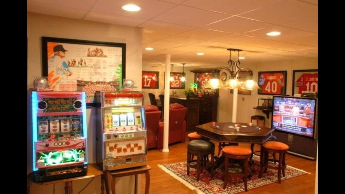 Man Cave Ideas Gamer : Pinterest discover and save creative ideas