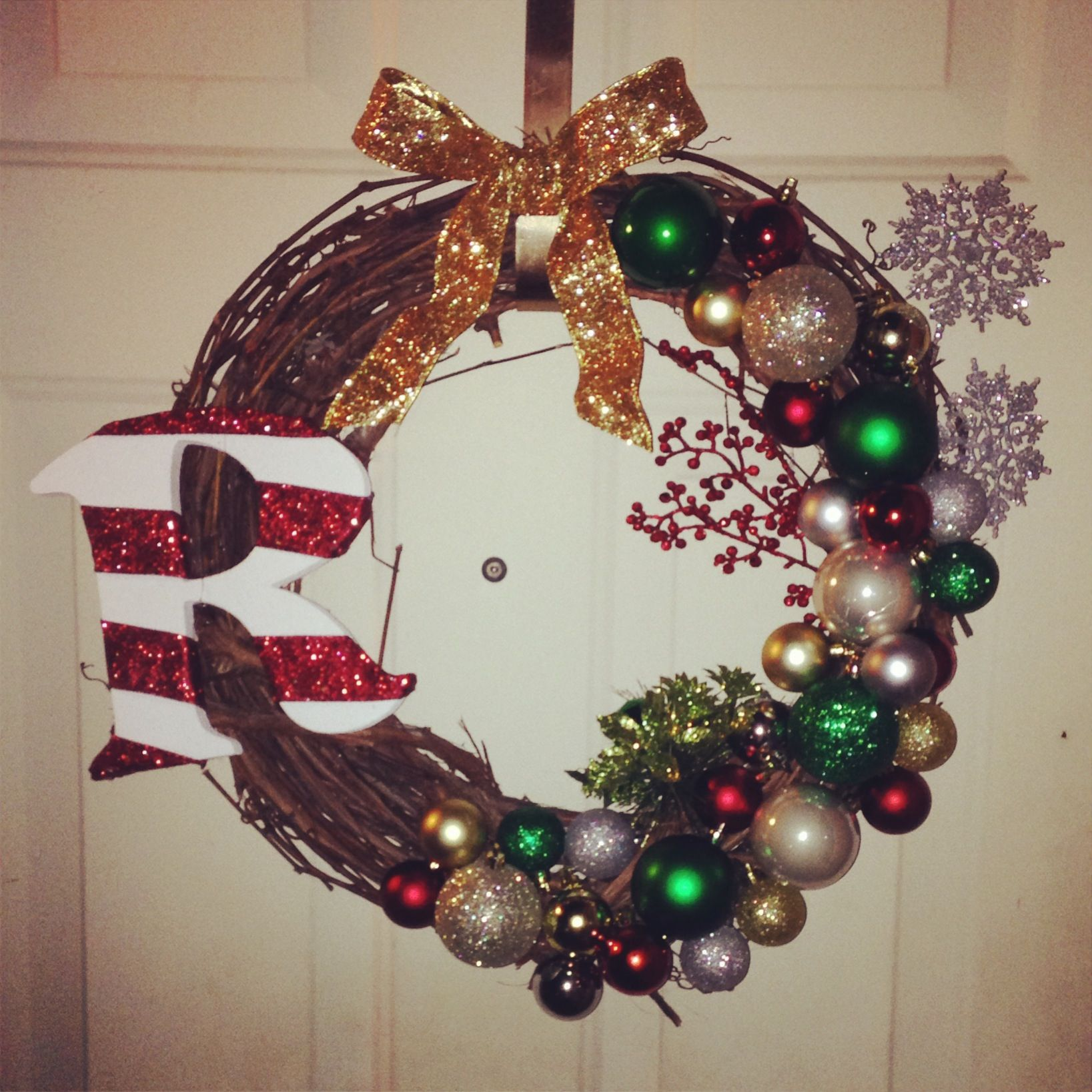 Diy Christmas Wreath Wreaths Pinterest