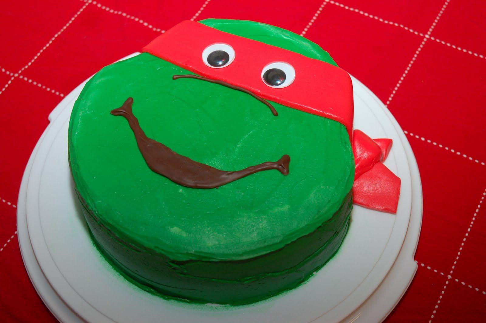 Teenage Mutant Ninja Turtle Face Cake