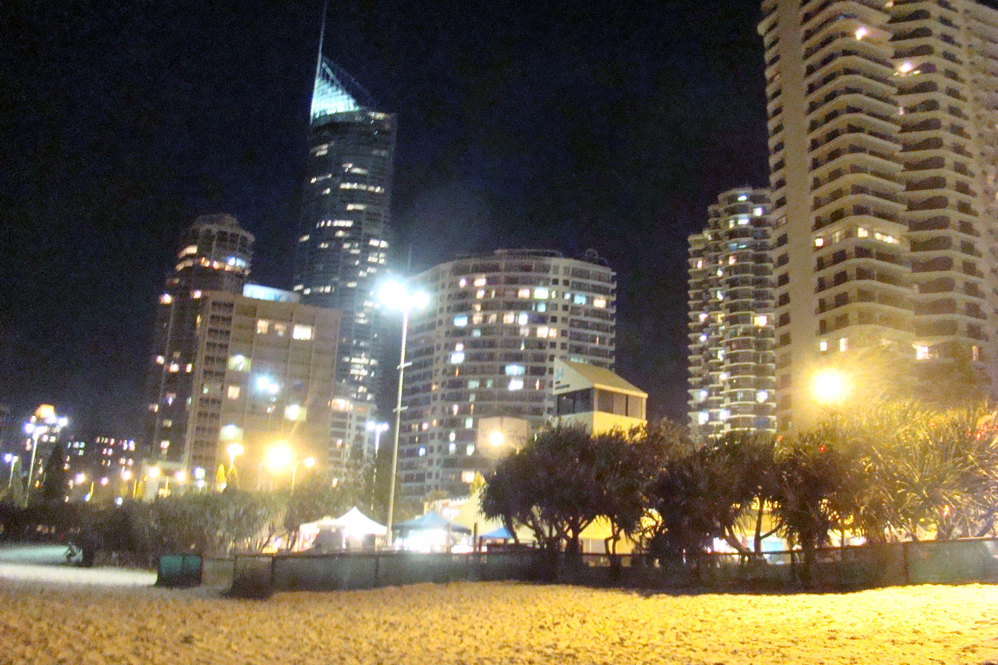 Surfers Paradise // Australien - Surfers Paradise bei Nacht