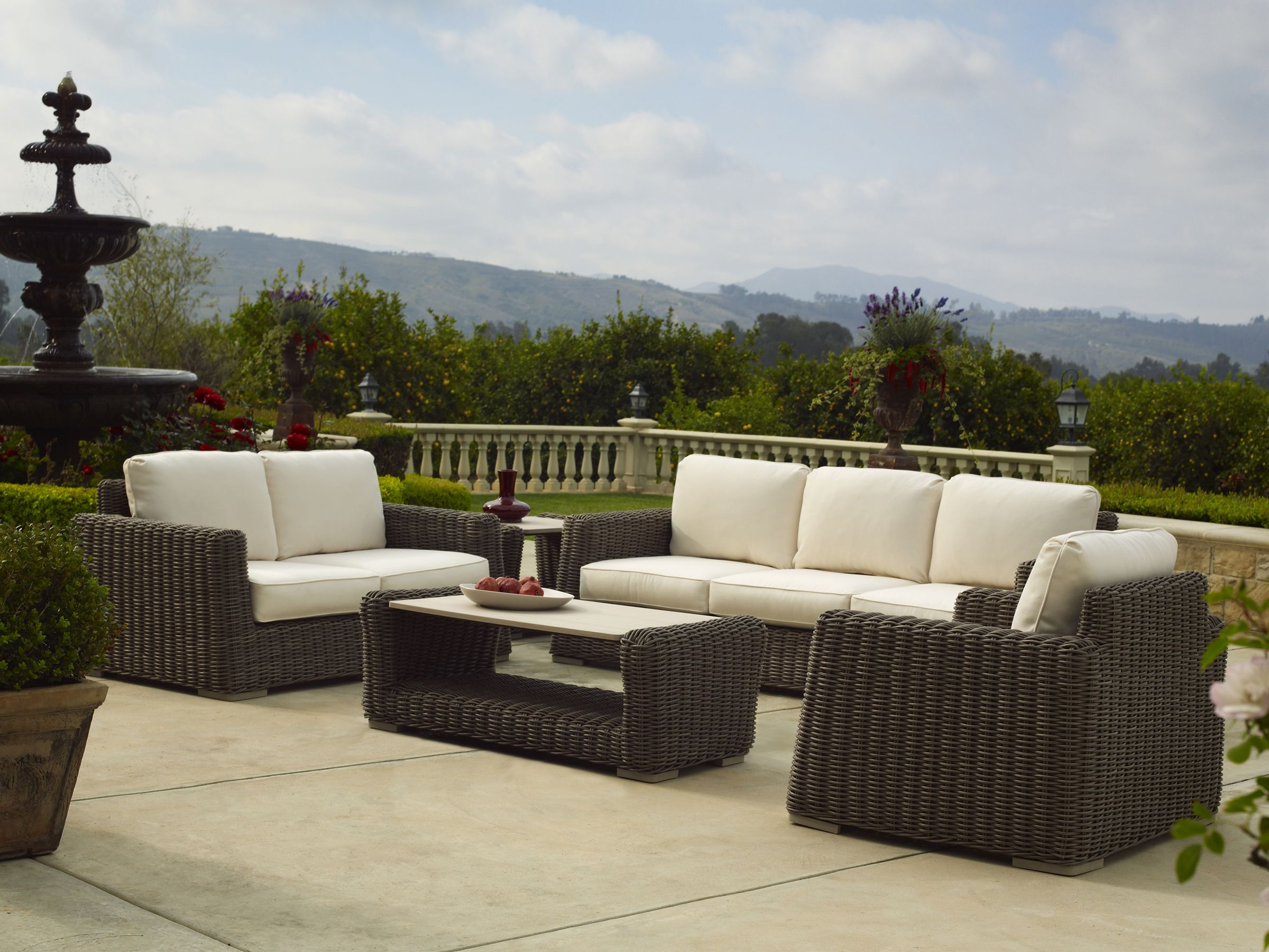 Brown Jordan Luxury Patio Furniture Luxury Outdoor Furniture
