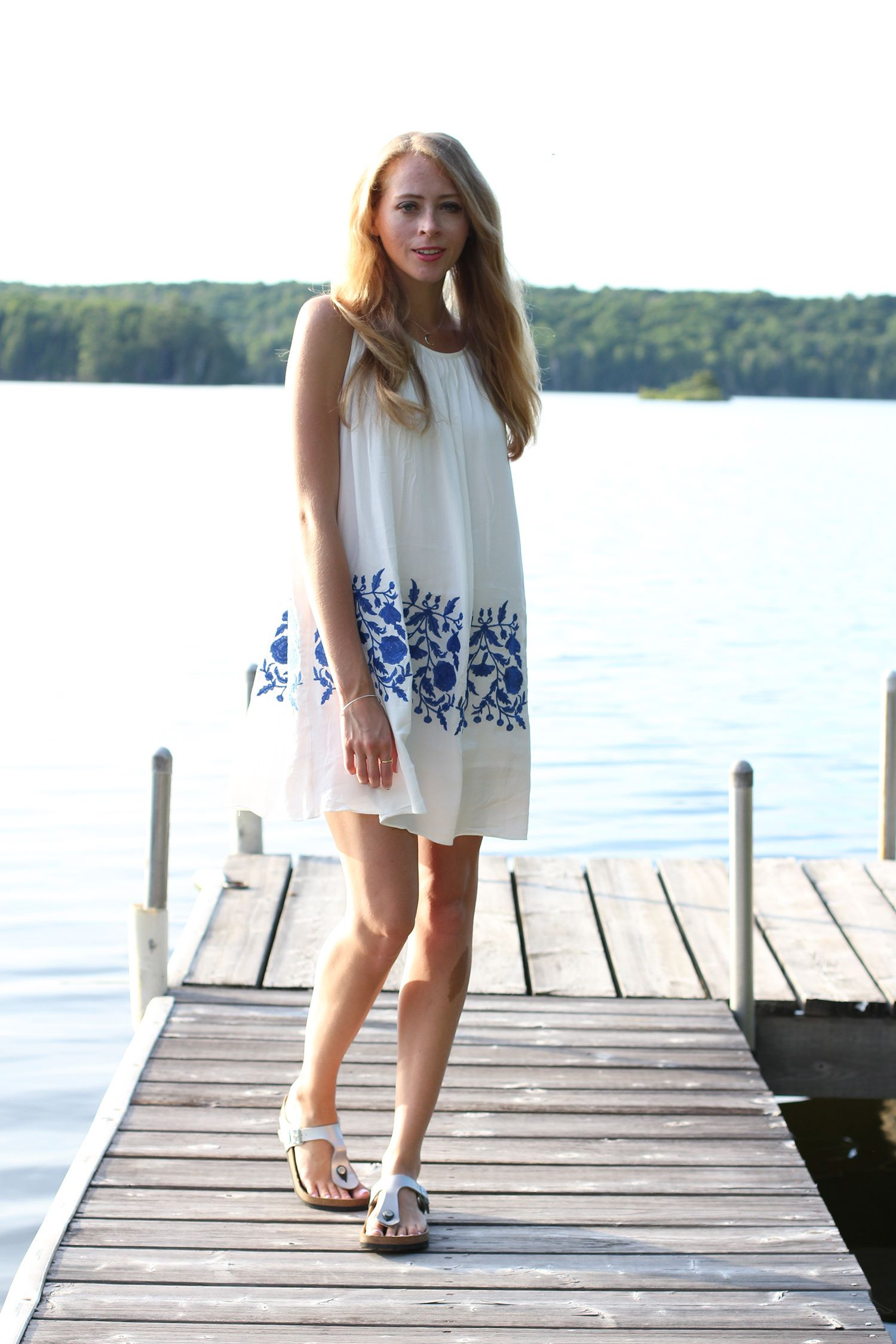 Dvf lace dress pictures