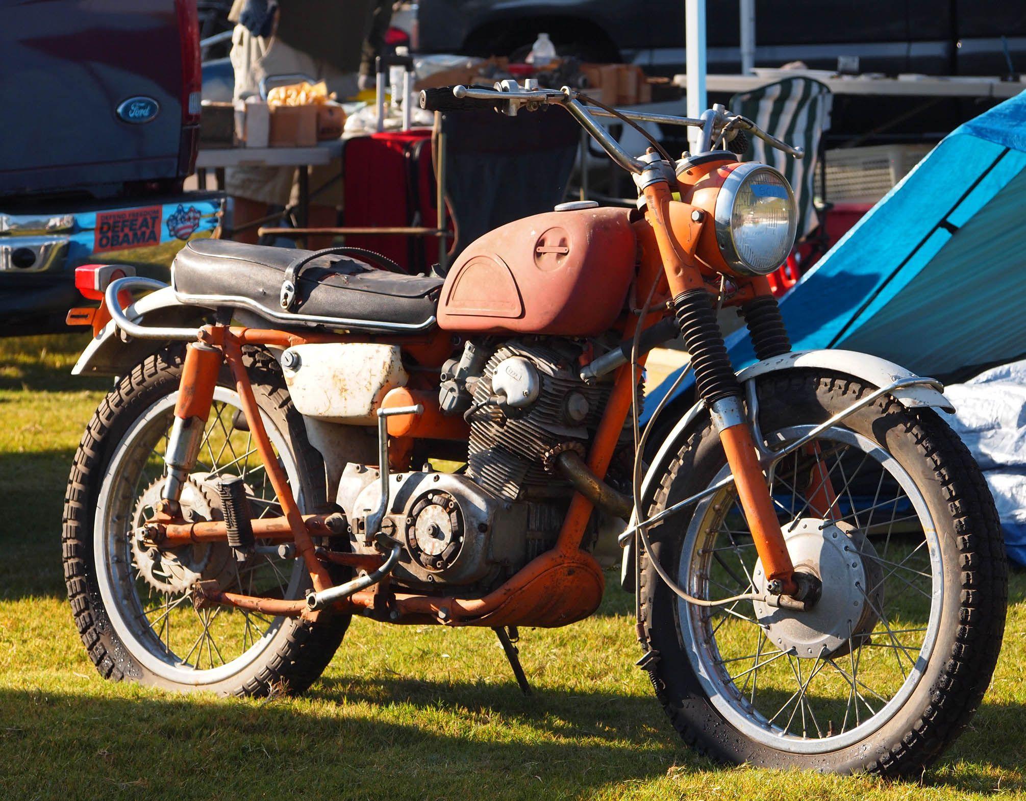 Barber Honda : Honda CL @ Barber Vintage Festival 13 Honda dream Pinterest