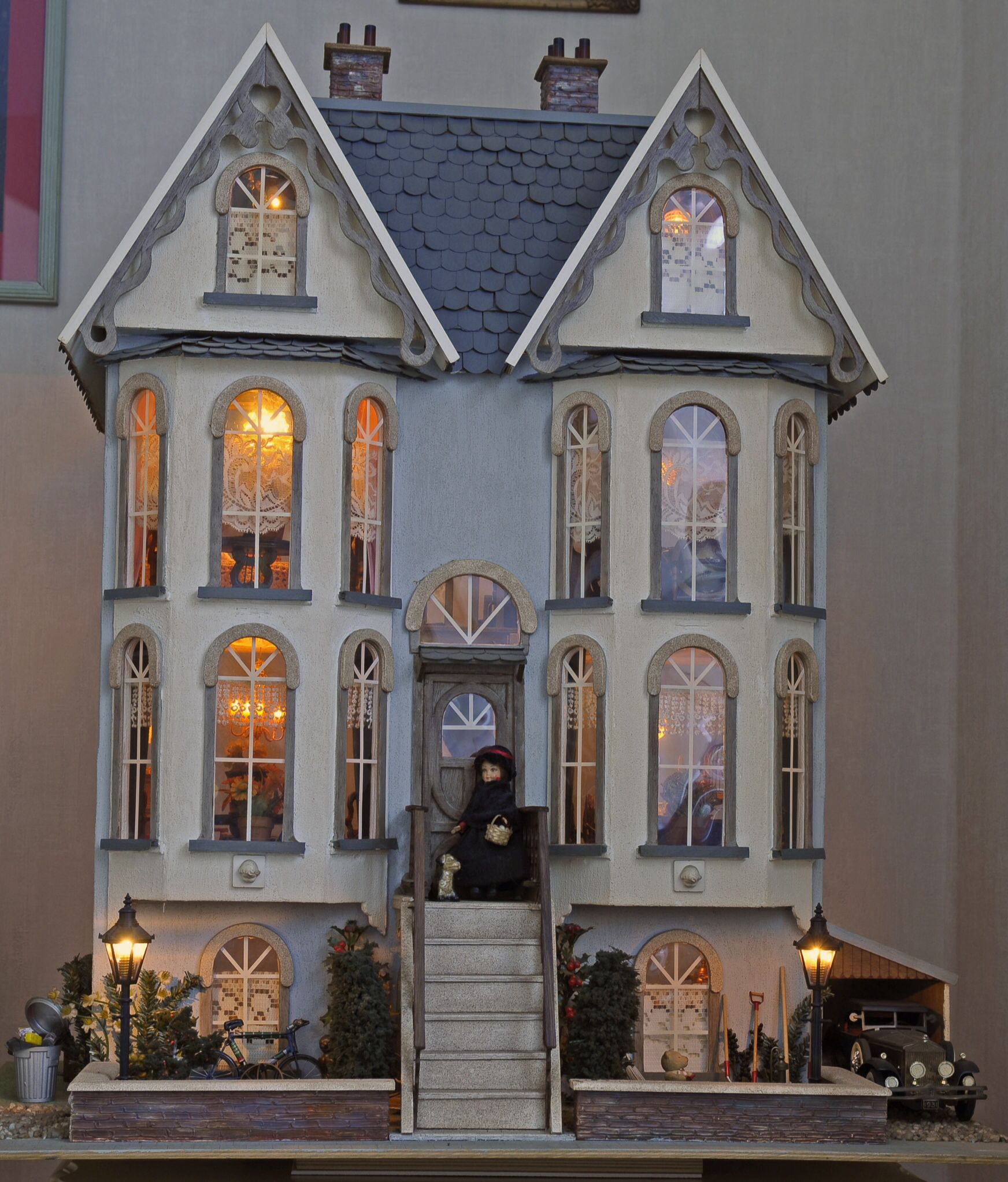 Doll Houses On Pinterest Victorian Dollhouse Dollhouses