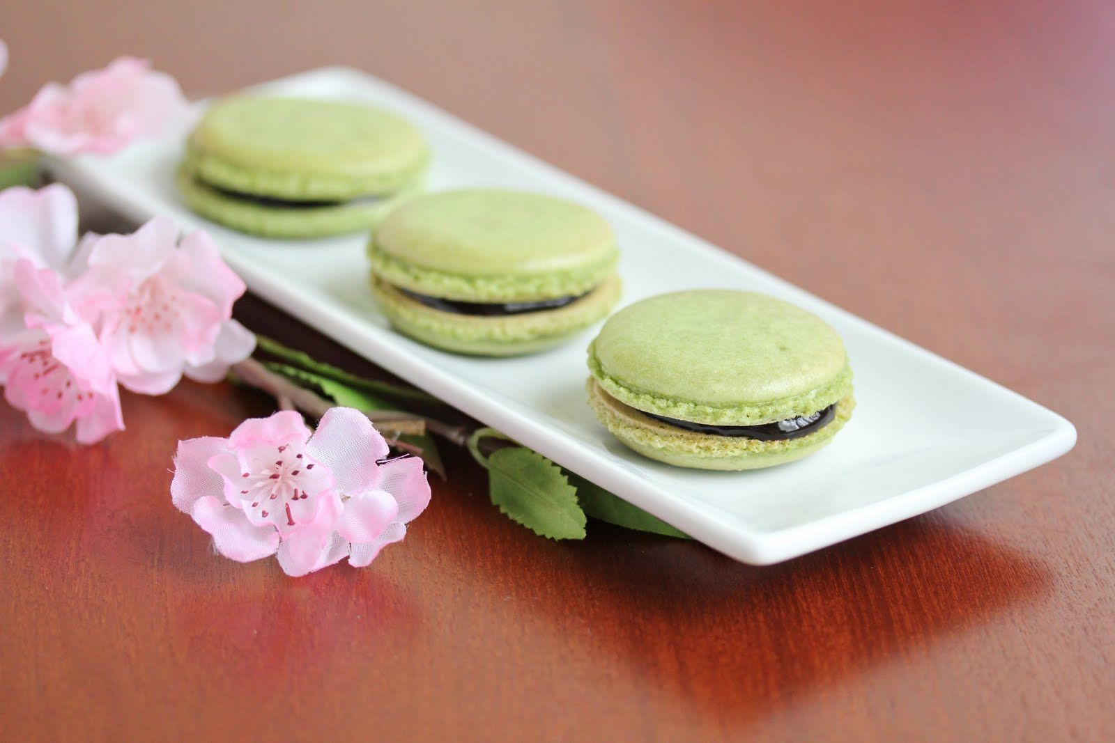 Matcha Green Tea Macarons | Delish! | Pinterest