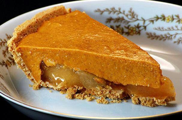 Pumpkin Caramel Apple Pie   Food   Pinterest