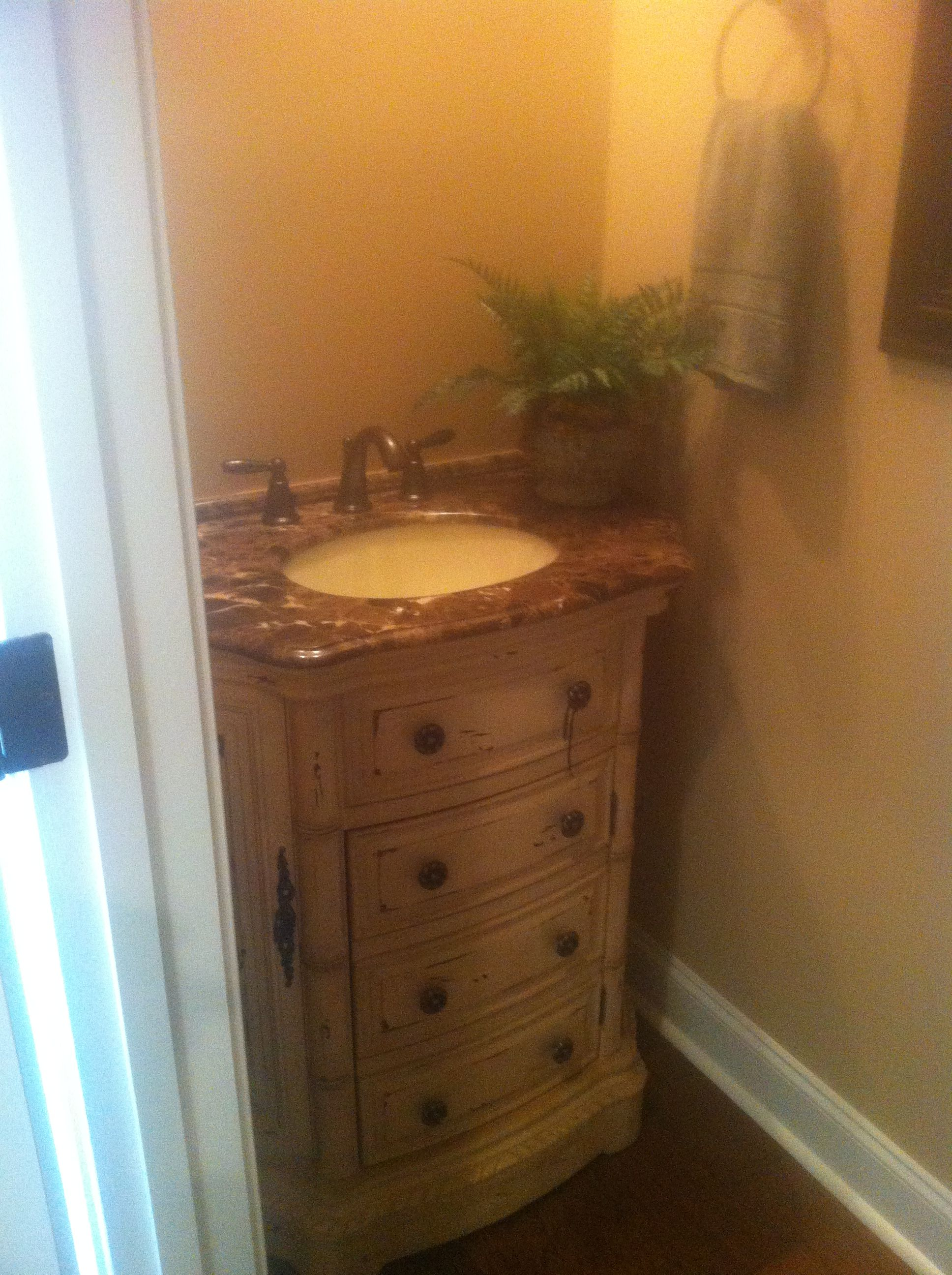 Sink for small powder room small vanity home ideas for Small vanity for powder room