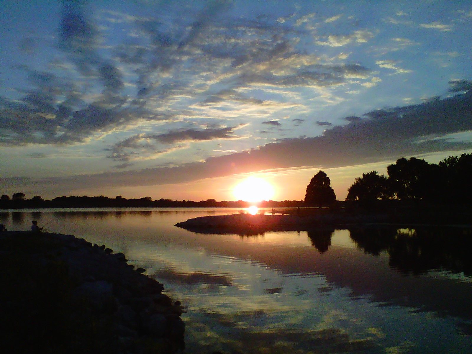 Sunset At Holmes Lake Lincoln Ne Lincoln Ne Pinterest