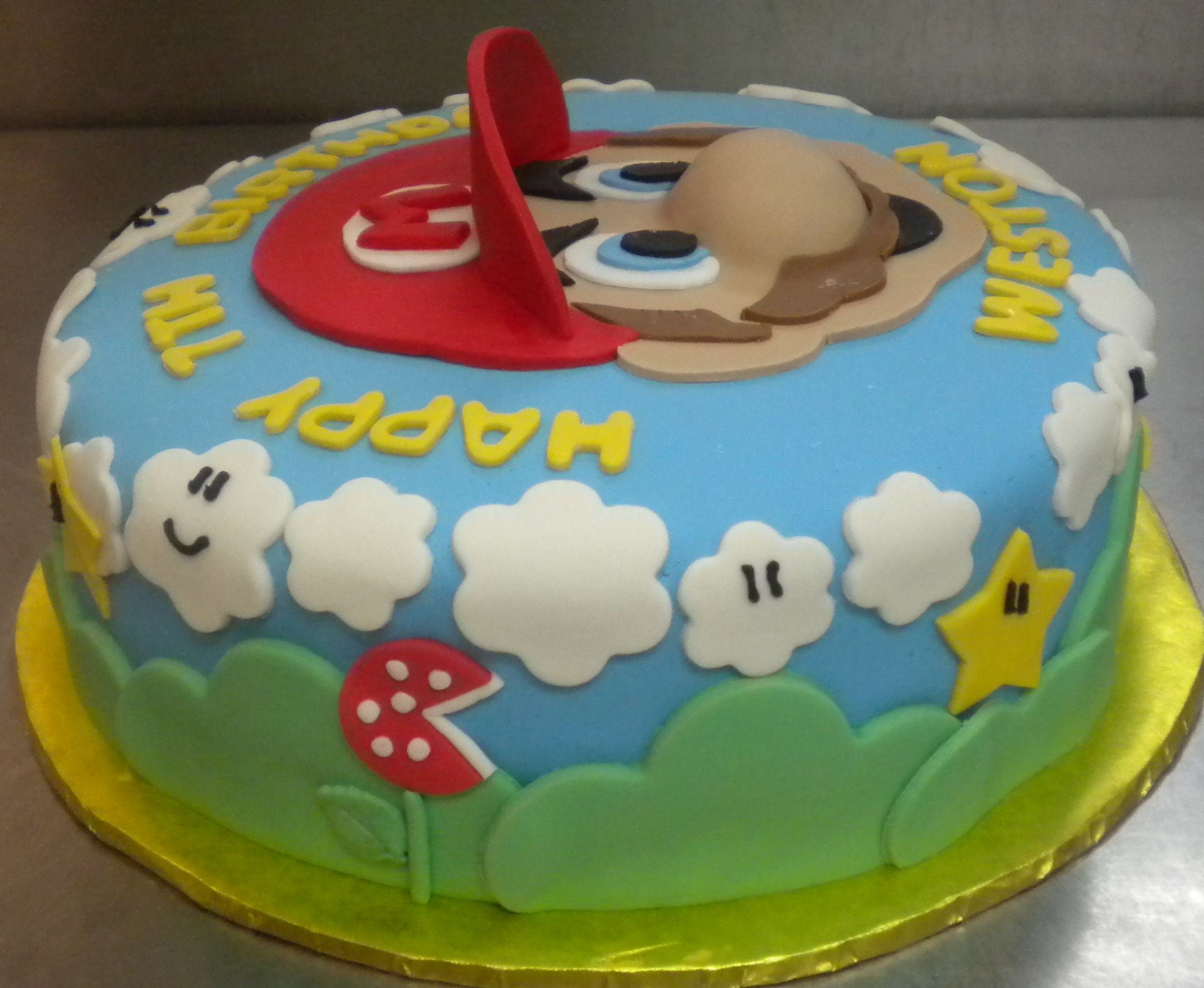 Cute simple mario cake cakes pinterest for Cute simple cakes