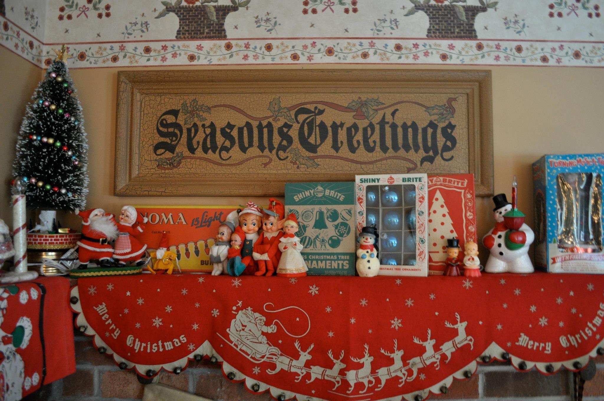 Vintage Christmas Mantel Decorations : Vintage mantle decor christmas