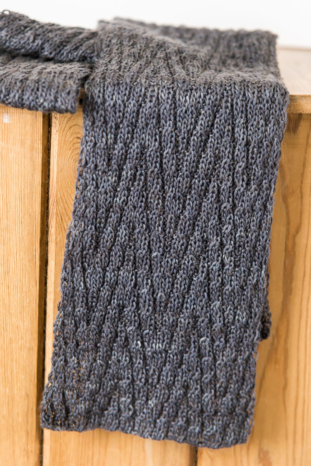 Chevron Scarf Knitting Pattern : Pin by Erin Gough on To Knit & Crochet Pinterest
