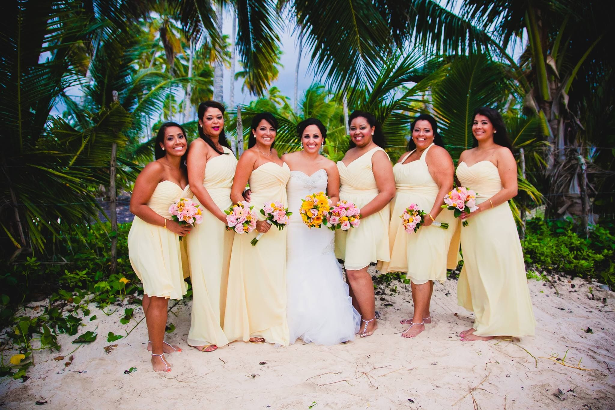 Dominican bride is body language