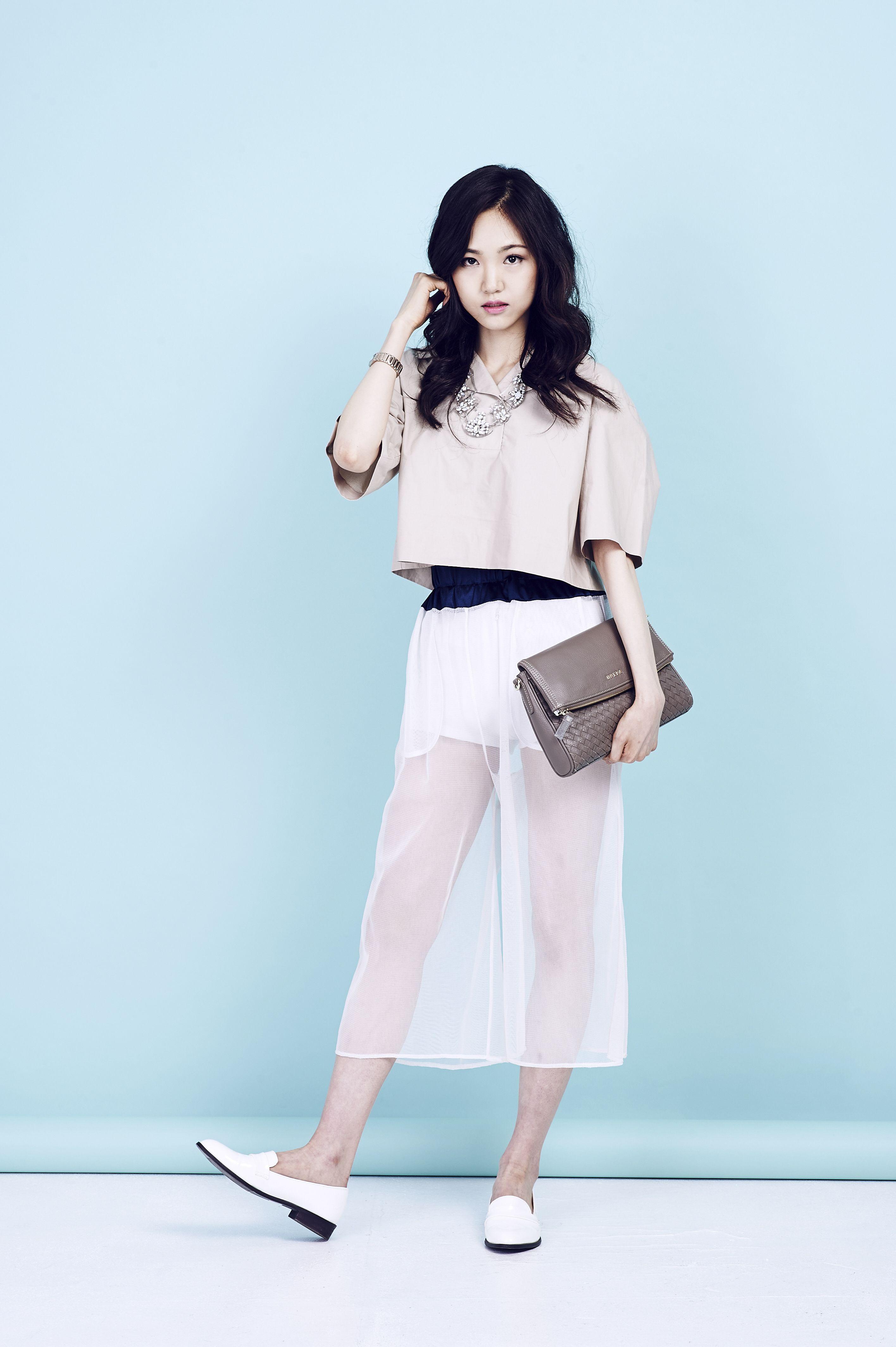 Fashion Korea Cool summer fashion pictorial