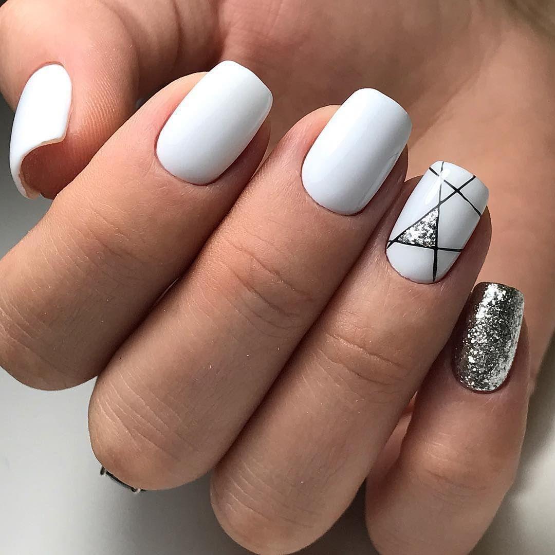 Ногти Френч Белый С Рисунком Стразами