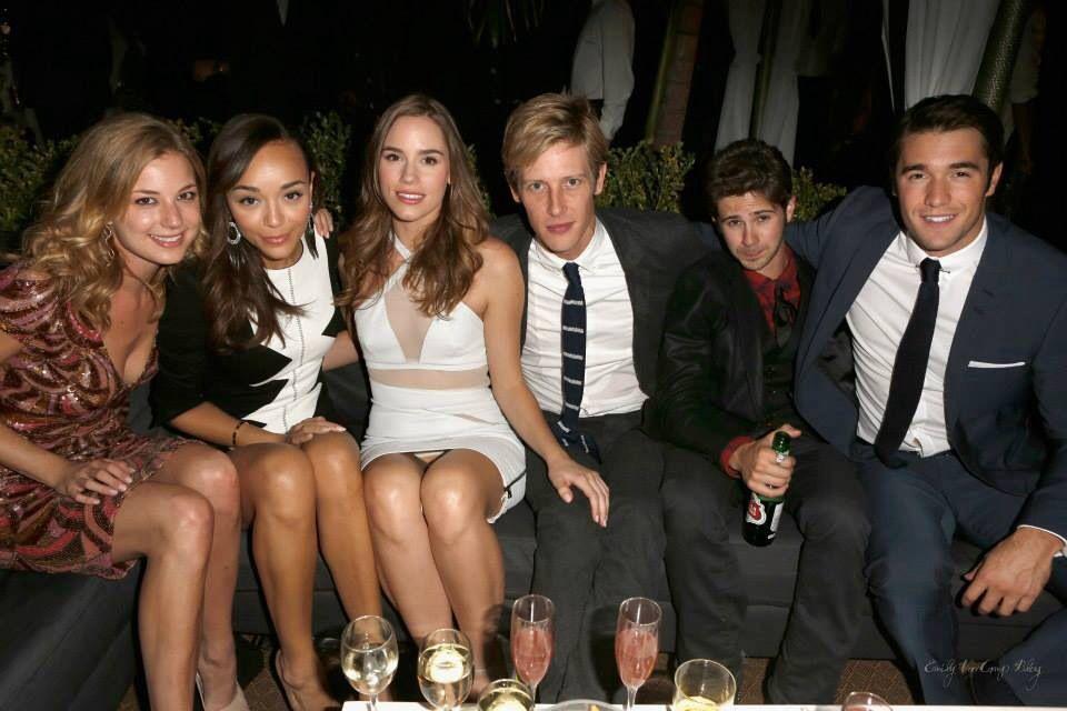 cast of revenge celebrity hot pinterest