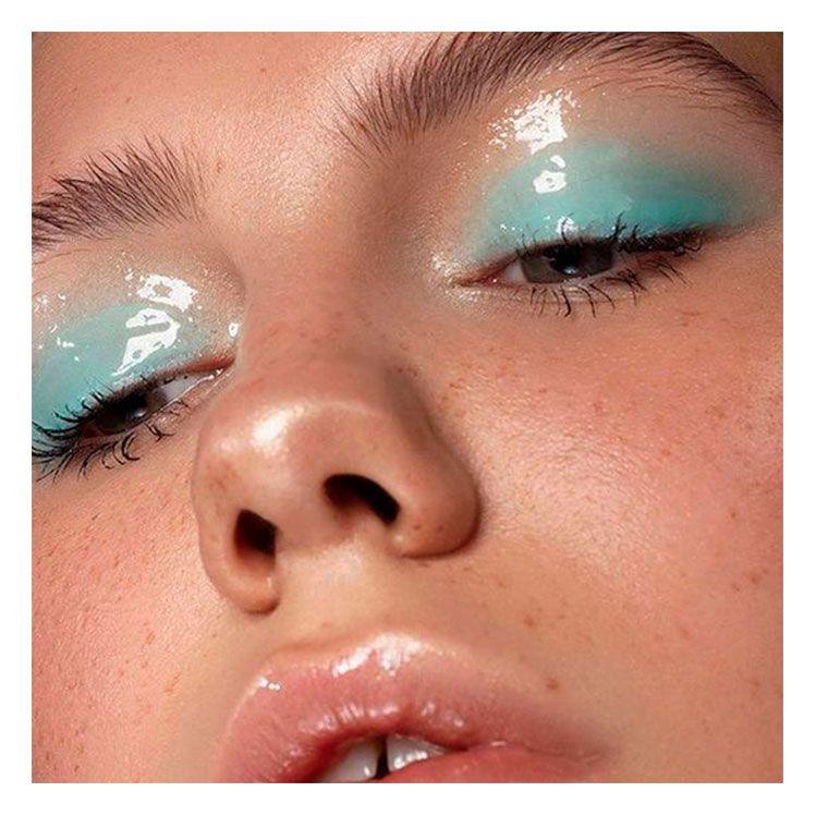 Glossy Eyes: la sombra de ojos con efecto mojado que resaltará tus ojos