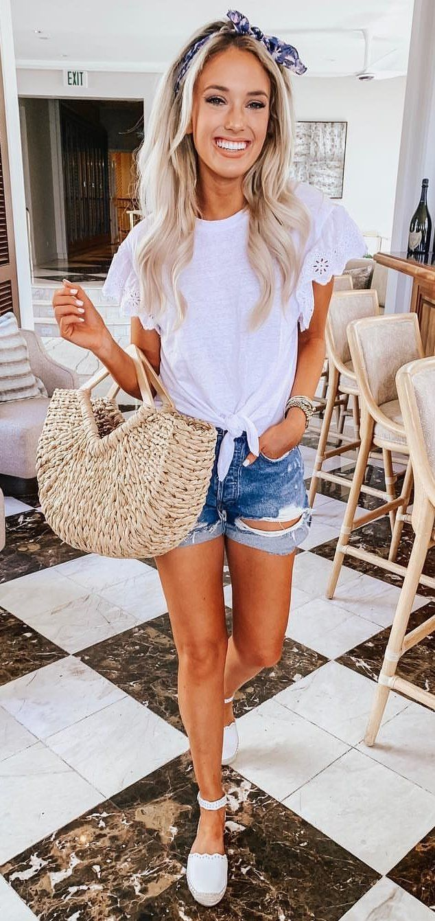 white t-shirt #spring #outfits